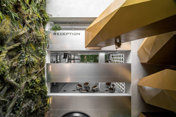 Daga Architects Jinmao Capital J Space Beijing Office Design | Yellowtrace