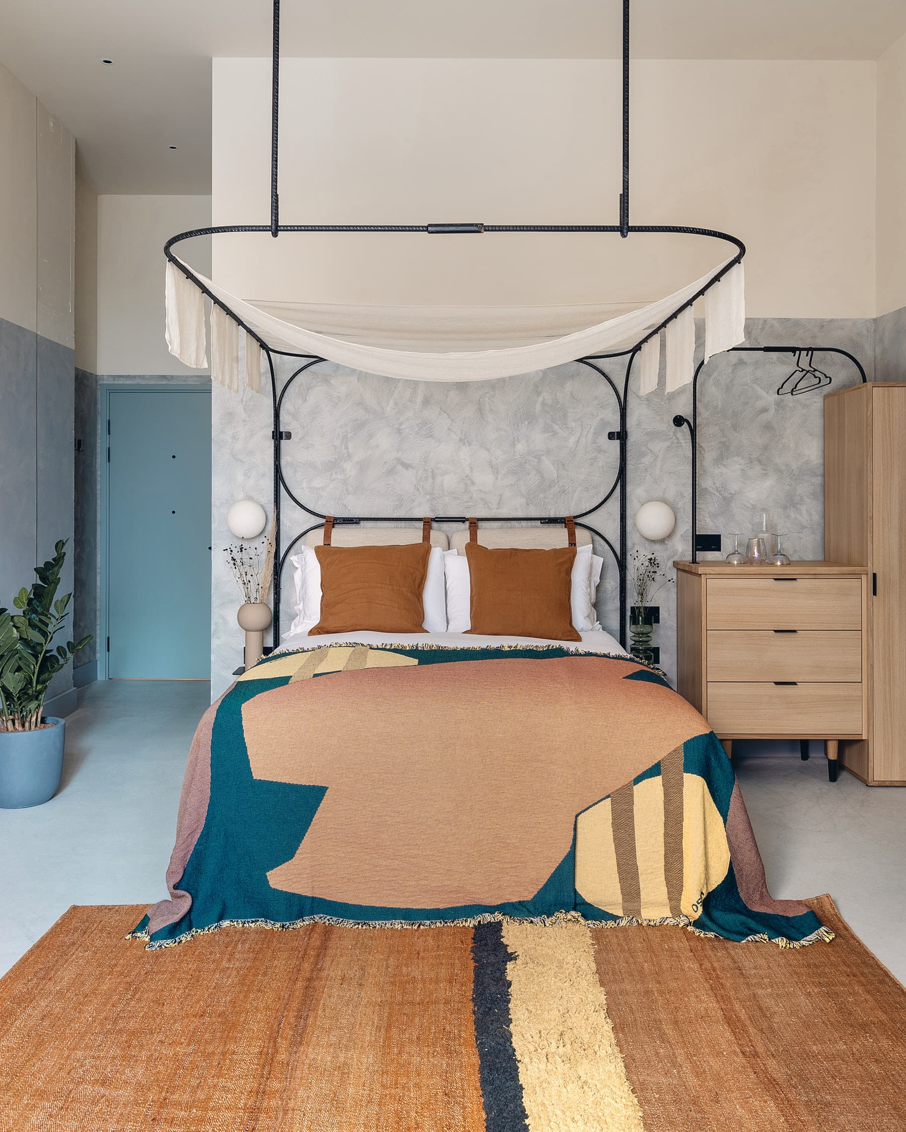 Holloway Li, Bermonds Locke London, Guest Rooms   Yellowtrace
