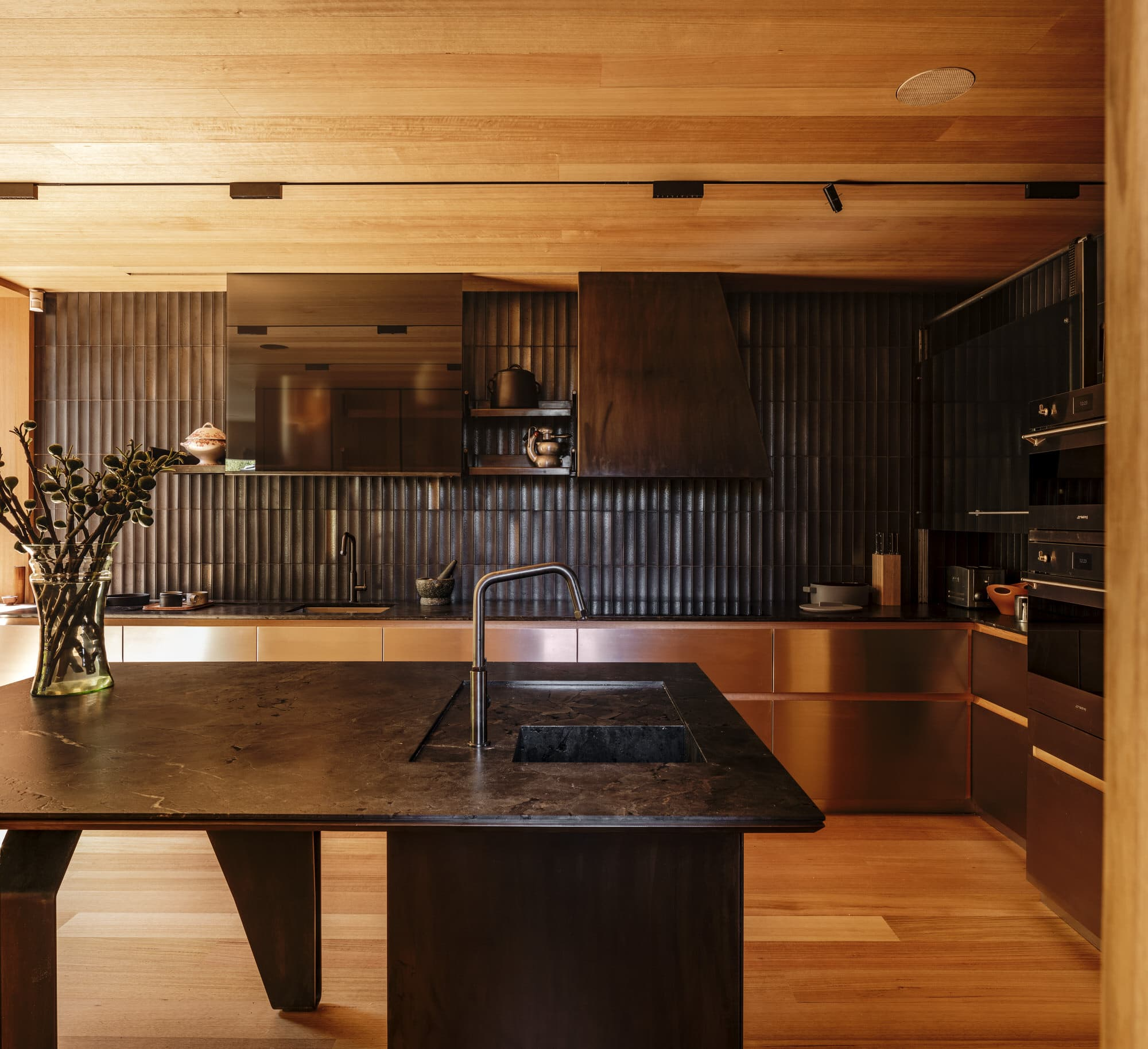 Kew Residence, John Wardle Architects, Modern House, Photo Trevor Mein | Yellowtrace
