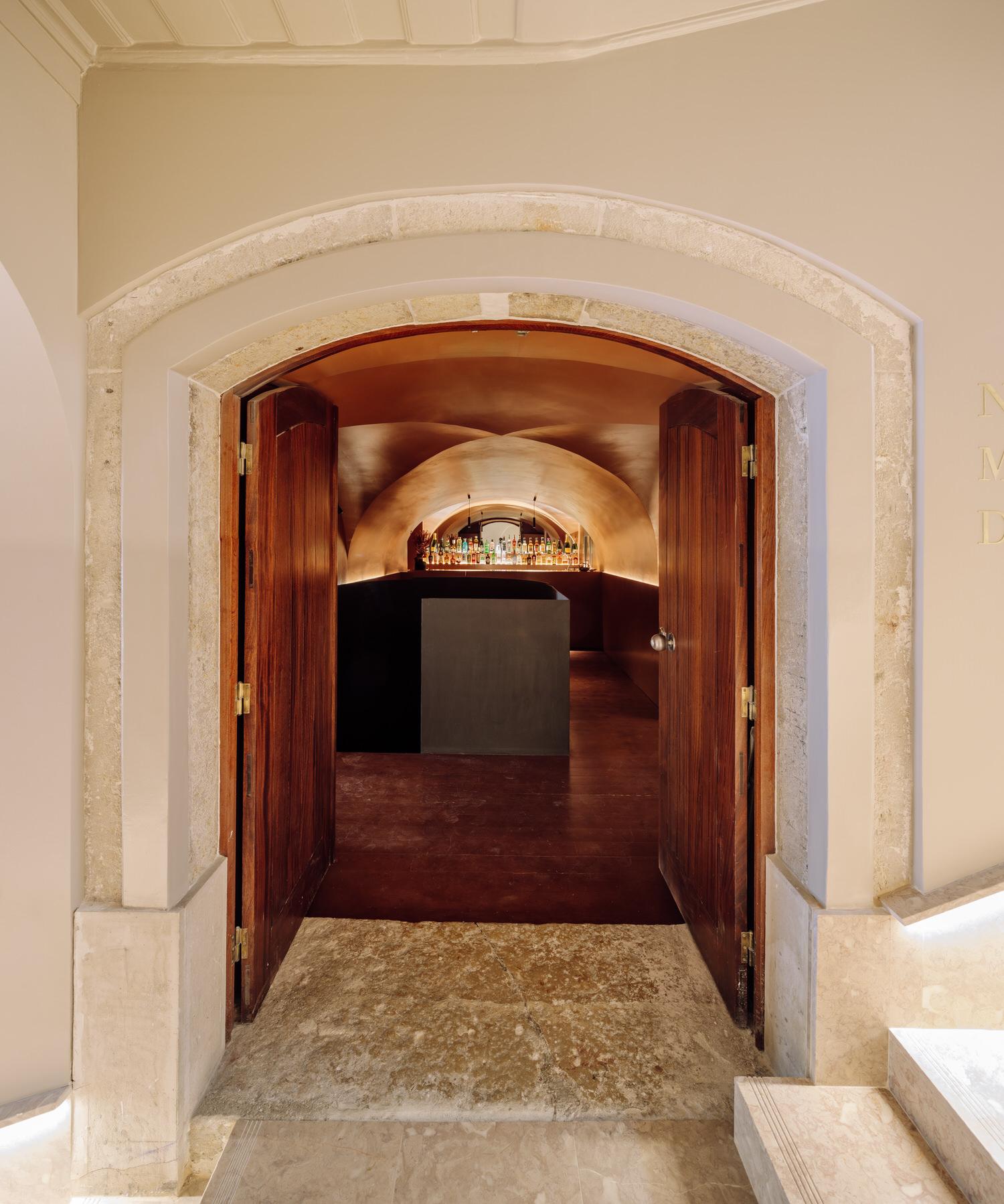 Highlighting Natural Materials: Restaurant Nómada in Lisbon by Spacegram.
