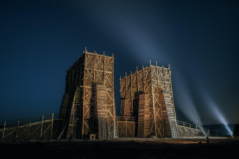 Katarsis, Burning Bridges Installation in Russia, Photo Alexey Trakhanov   Yellowtrace