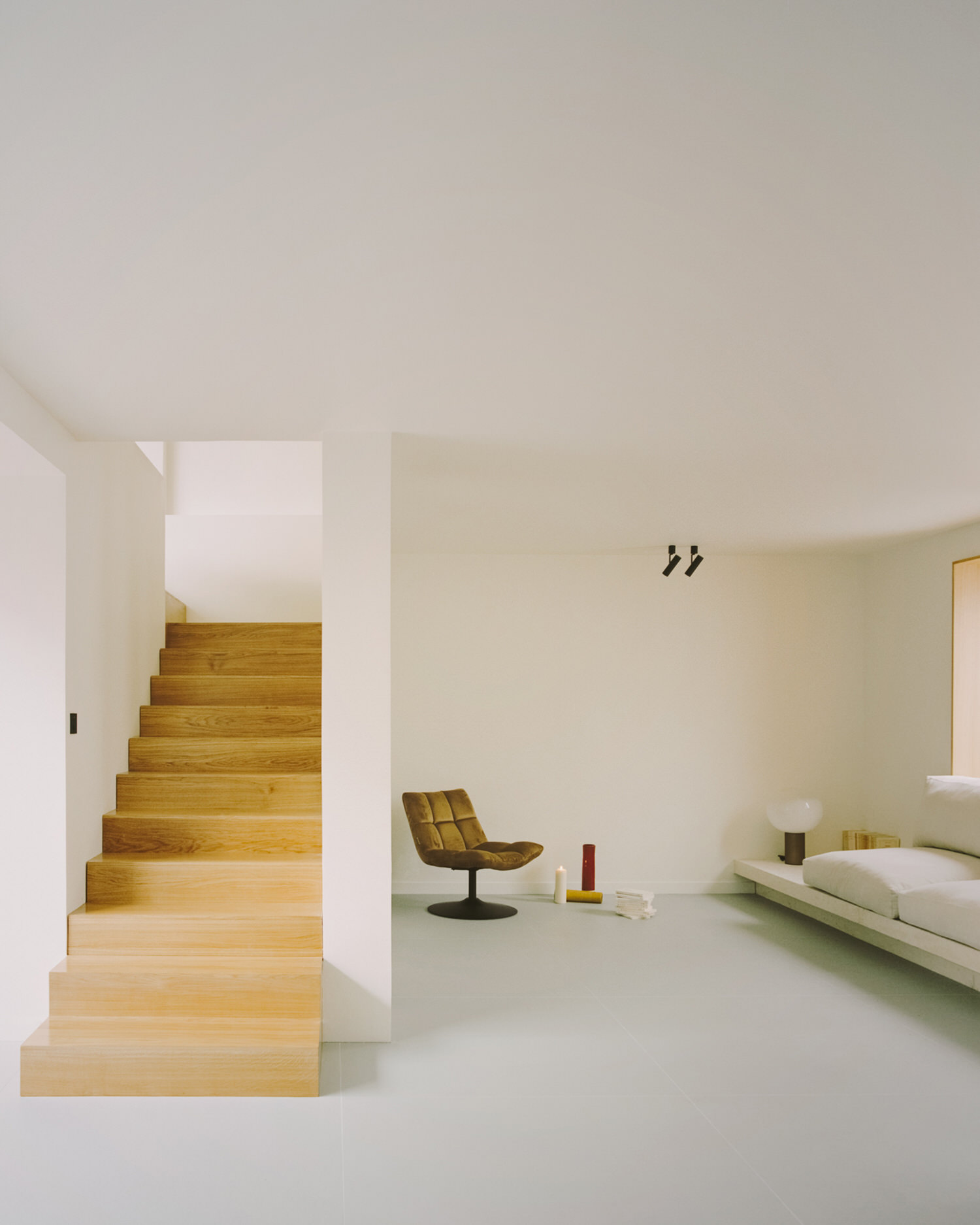 Clément Lesnoff-Rocard, The Island House Paris, Photo Simone Bossi | Yellowtrace