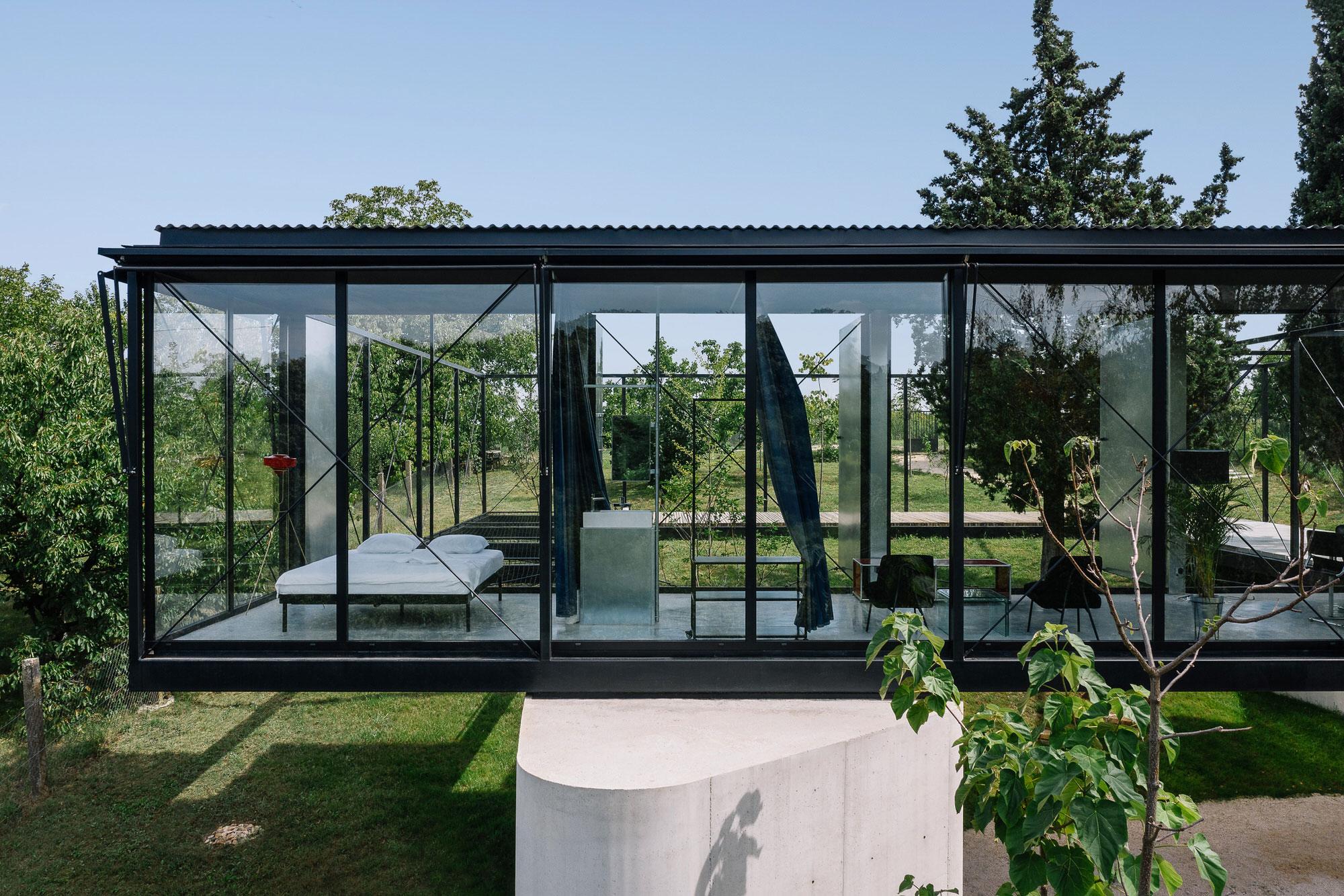 Ten Studio, Avala House Belgrade Architecture, Photo Milos Martinovic | Yellowtrace