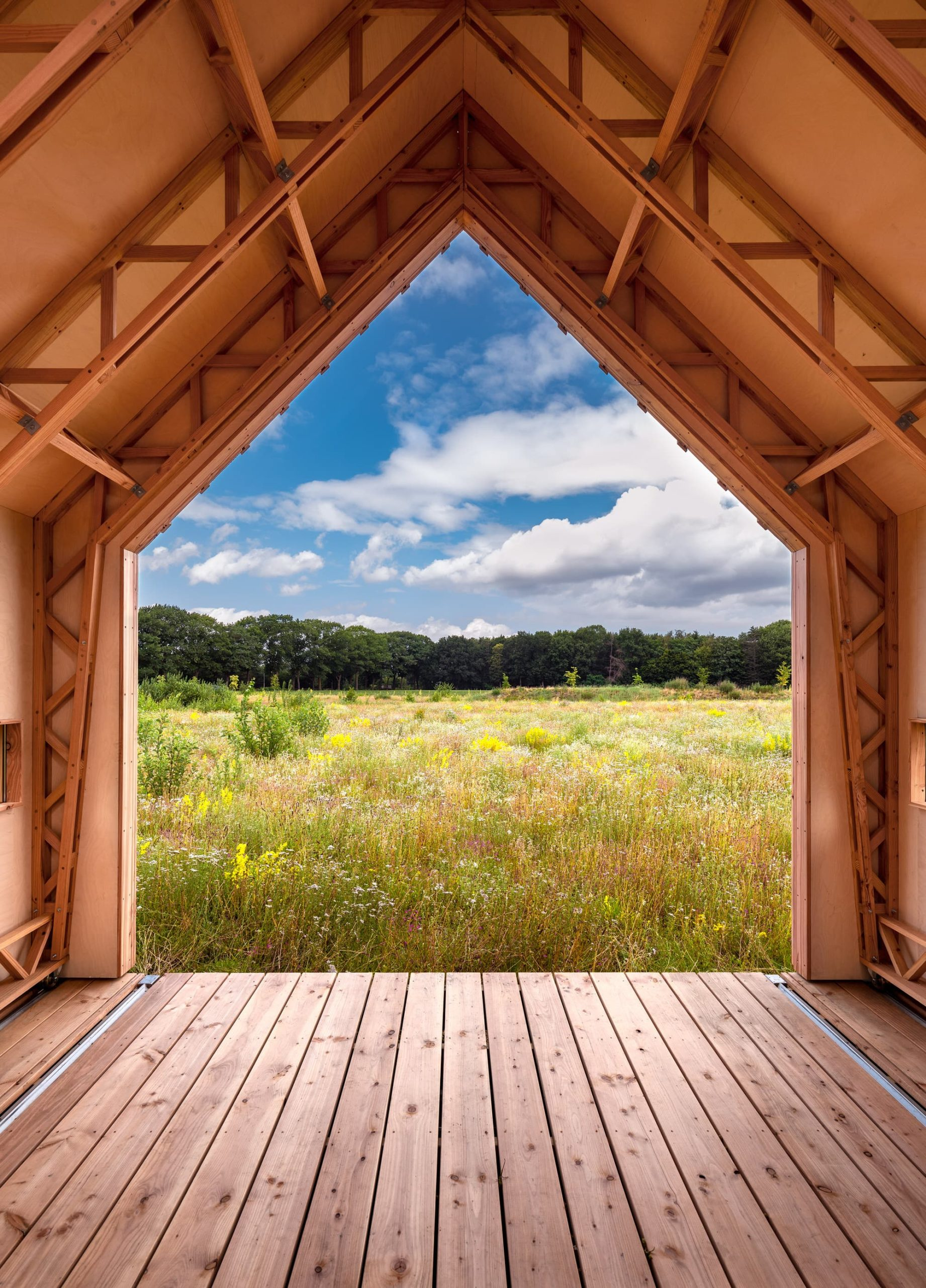Prefab Off-grid Goals: Cabin ANNA by Caspar Schols.