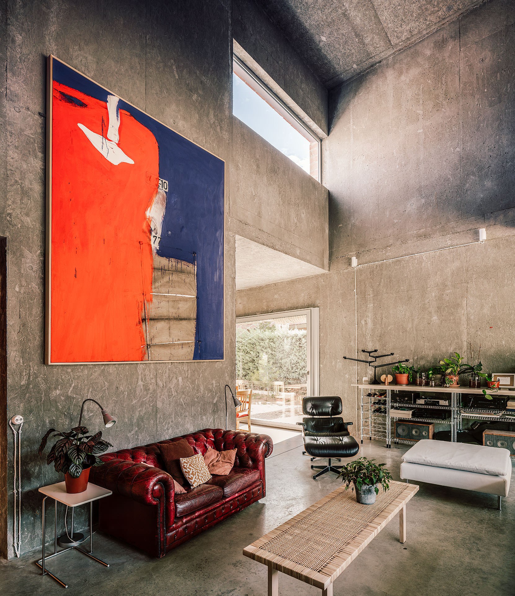 Tactile Brutalism: MS5 House in Madrid by Malu de Miguel.