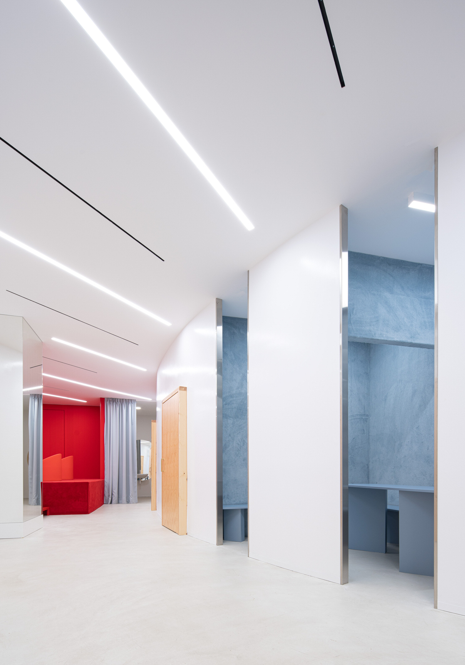 Raul Sanchez Architects Impress Valencia Dental Clinic Photo David Zarzoso Yellowtrace 01