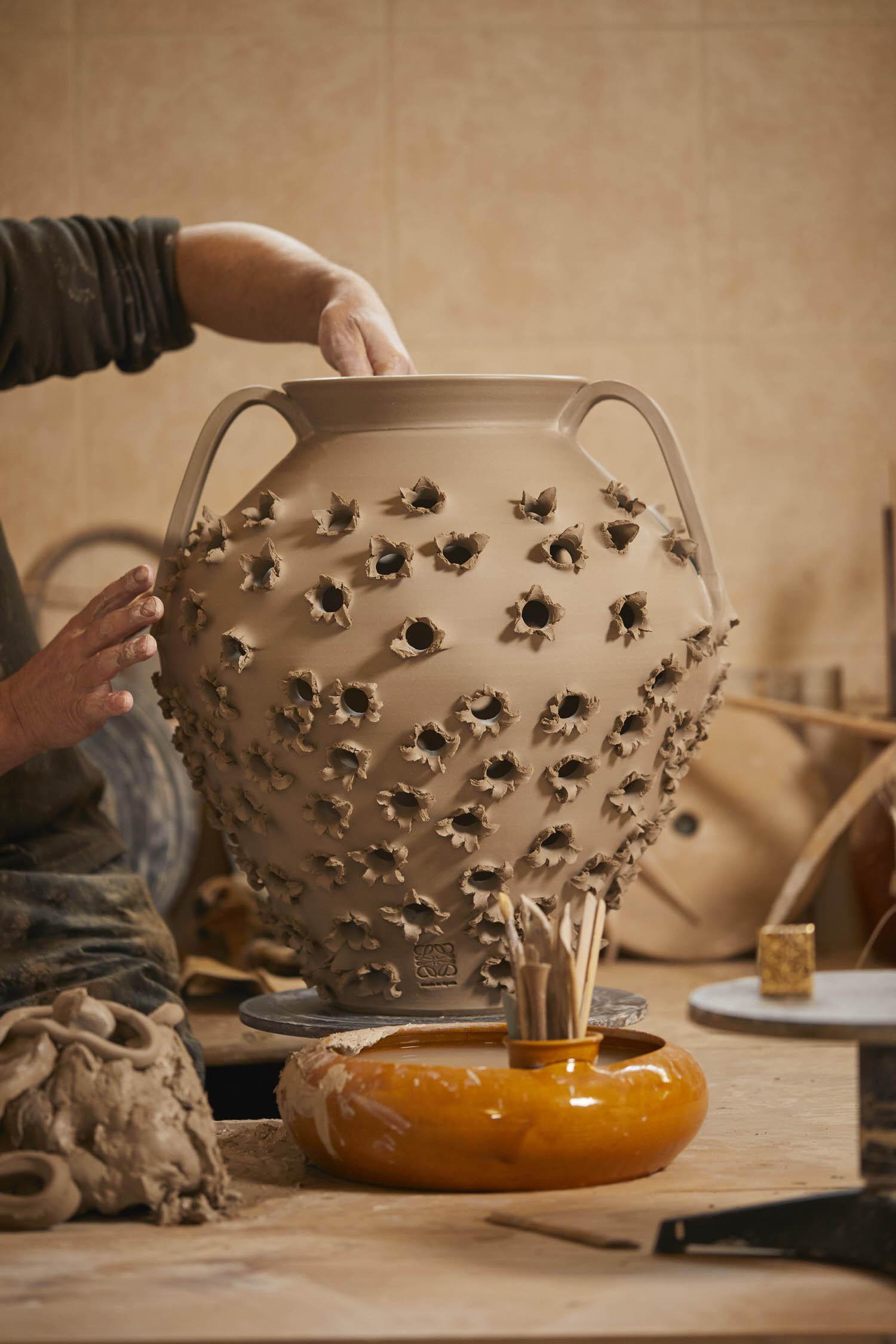 Loewe Waves Ceramic Artist Antonio Pereira Yellowtrace 03