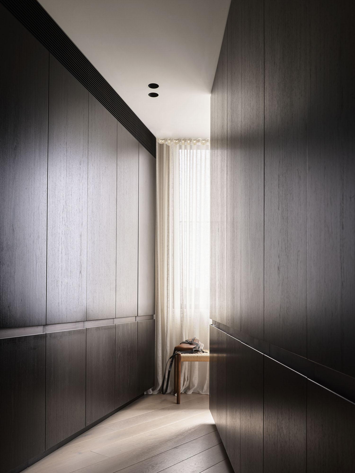 Decus Interiors Corner House Tamarama Photo Anson Smart Yellowtrace 35