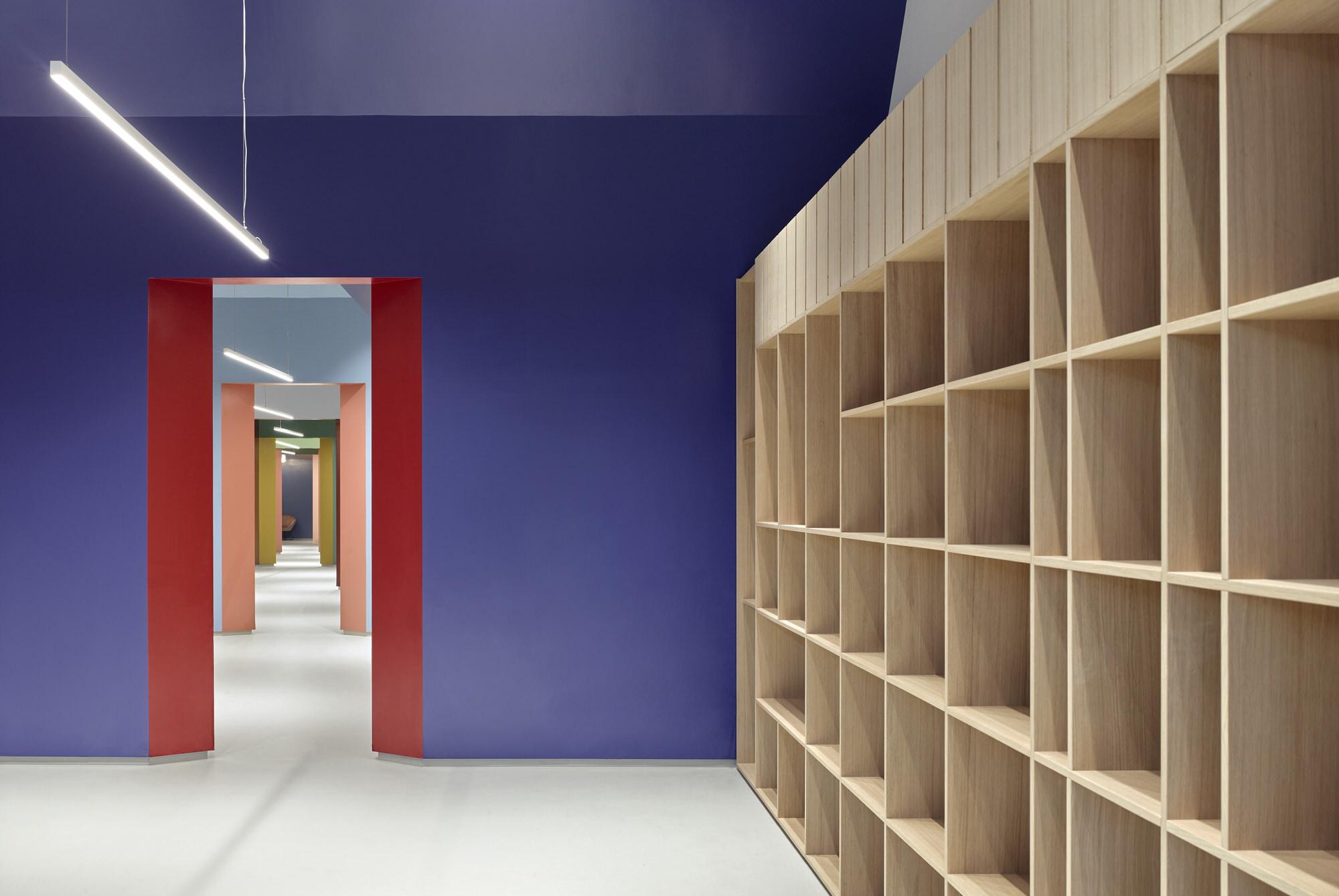 Baranowitz Goldberg Kaza Israel Showroom Interior Design Photo Shai Gil Yellowtrace 05