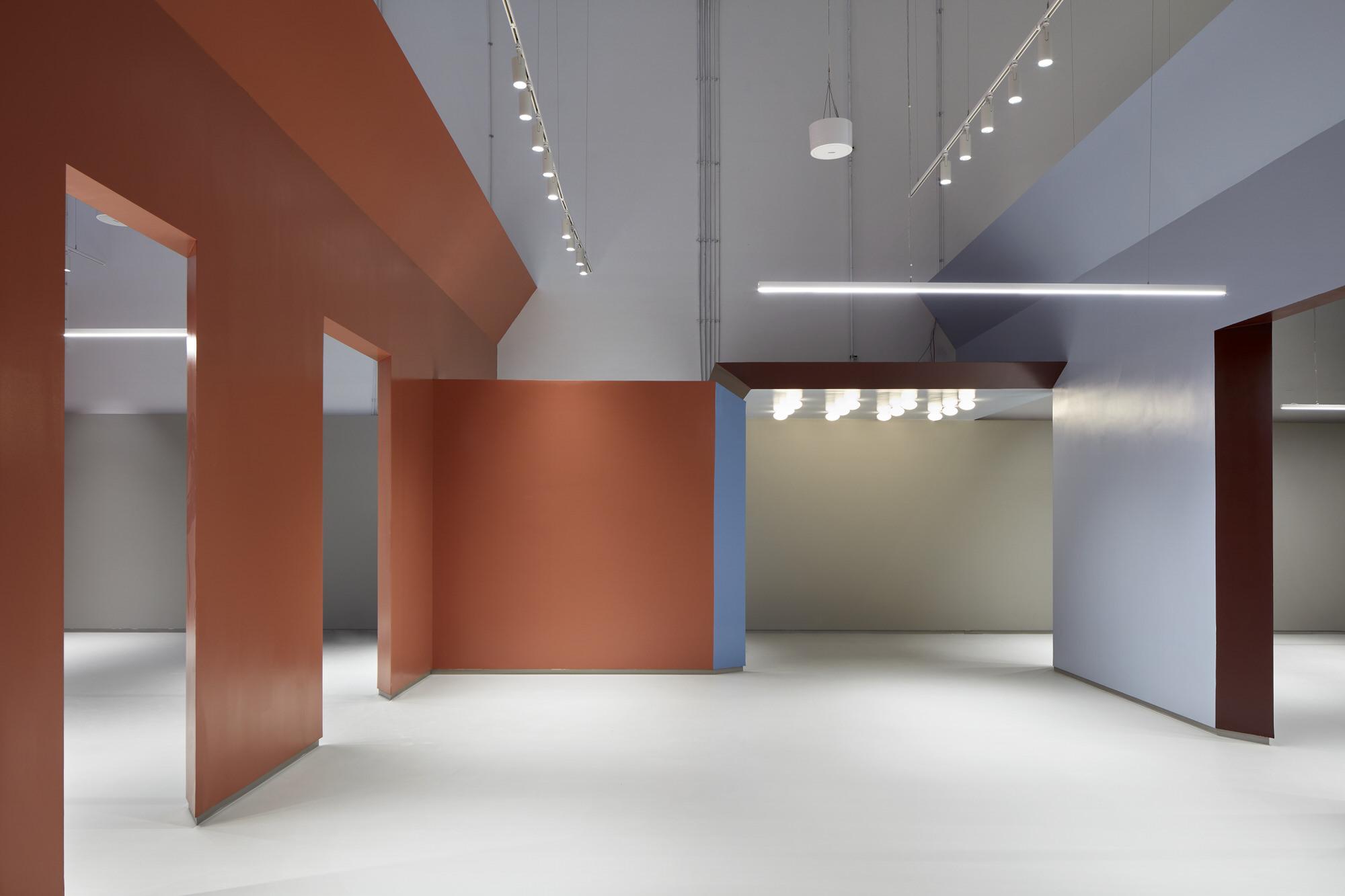 Baranowitz Goldberg Kaza Israel Showroom Interior Design Photo Shai Gil Yellowtrace 15