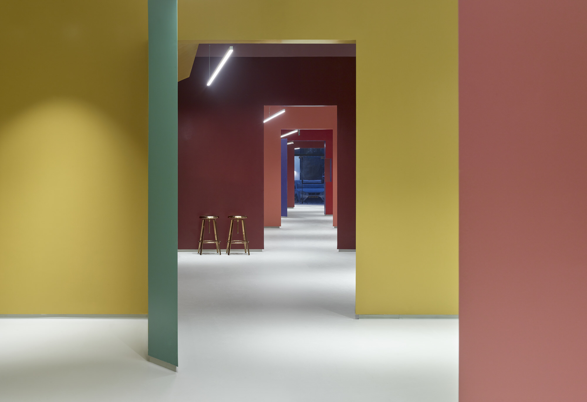 Baranowitz Goldberg Kaza Israel Showroom Interior Design Photo Shai Gil Yellowtrace 21