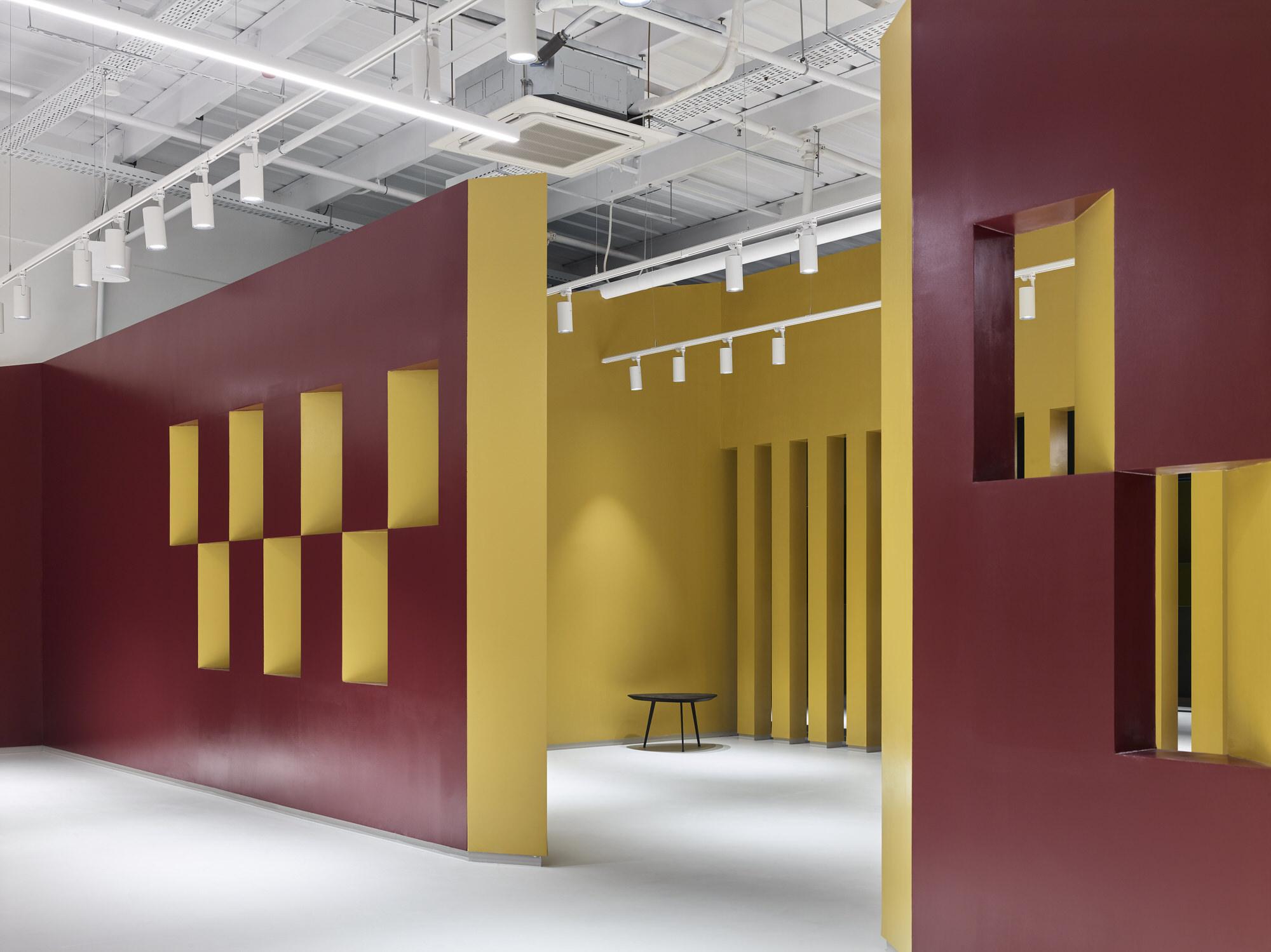 Baranowitz Goldberg Kaza Israel Showroom Interior Design Photo Shai Gil Yellowtrace 34