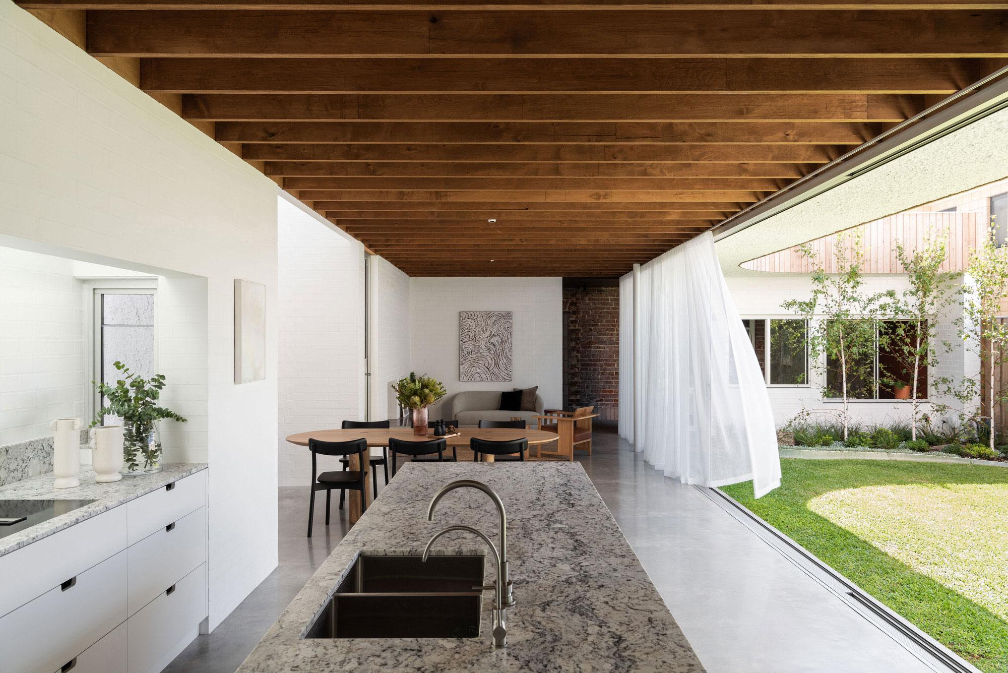 Nic Brunsdon East Fremantle House Australian Architecture Photo Dion Robeson Yellowtrace 02