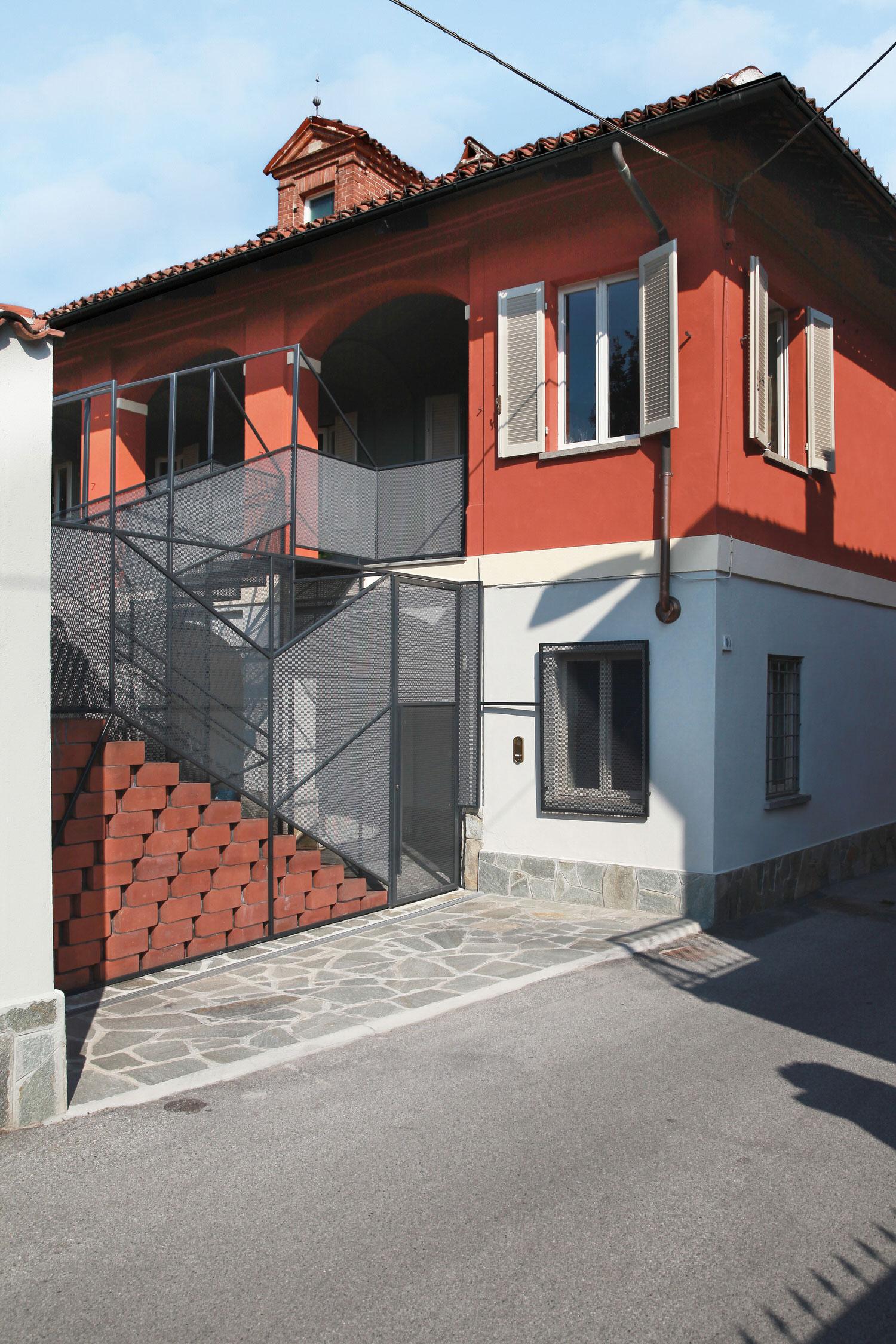 Marcante Testa Private House Renovation Cavallermaggiore Photo Carola Ripamonti Yellowtrace 01