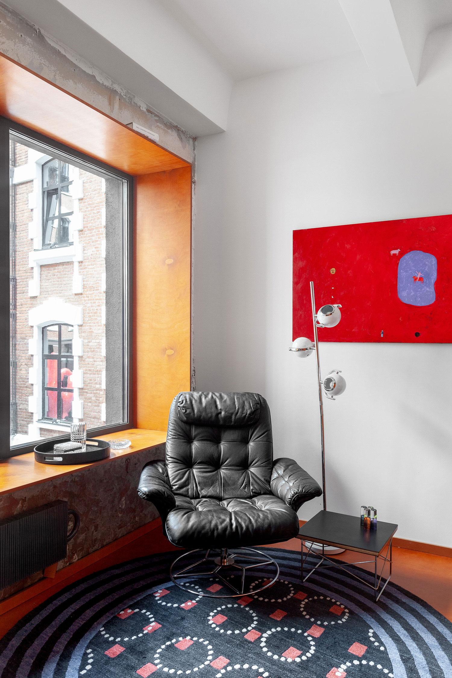 Room Design Buro Commune 303 Tiny Moscow Apartment Interior Photo Polina Poludkina Yellowtrace 15