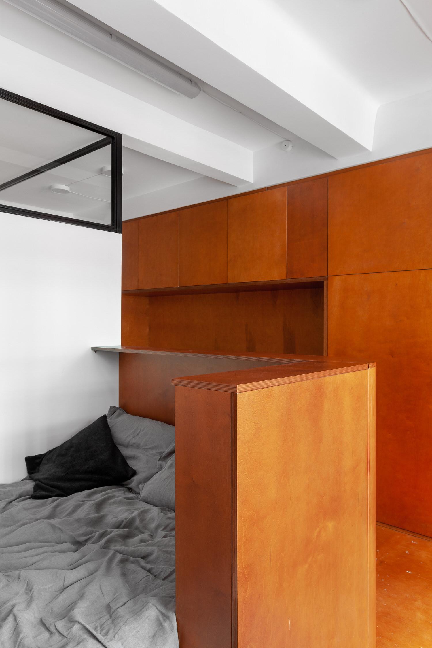 Room Design Buro Commune 303 Tiny Moscow Apartment Interior Photo Polina Poludkina Yellowtrace 20