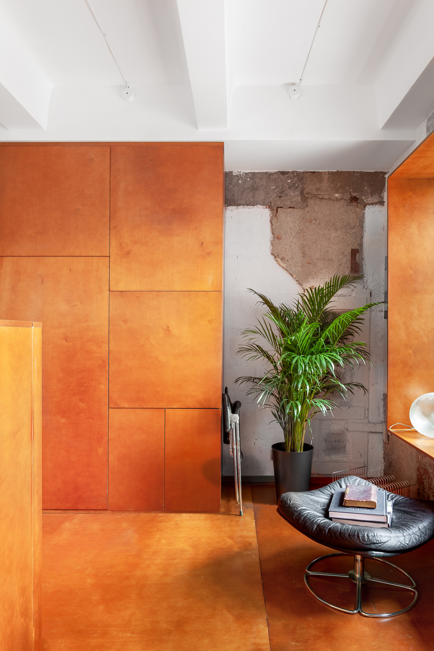 Room Design Buro Commune 303 Tiny Moscow Apartment Interior Photo Polina Poludkina Yellowtrace 22