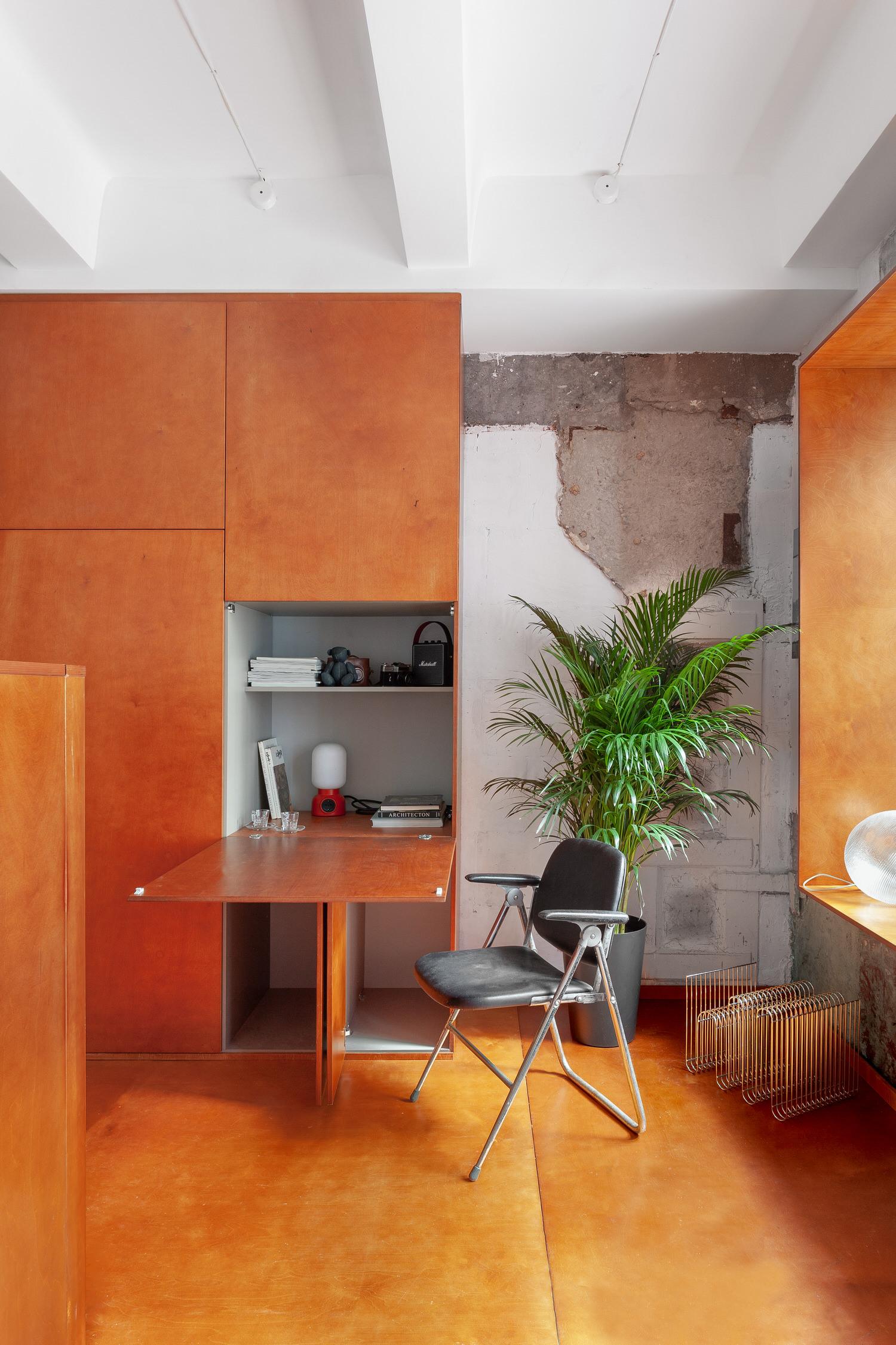 Room Design Buro Commune 303 Tiny Moscow Apartment Interior Photo Polina Poludkina Yellowtrace 23