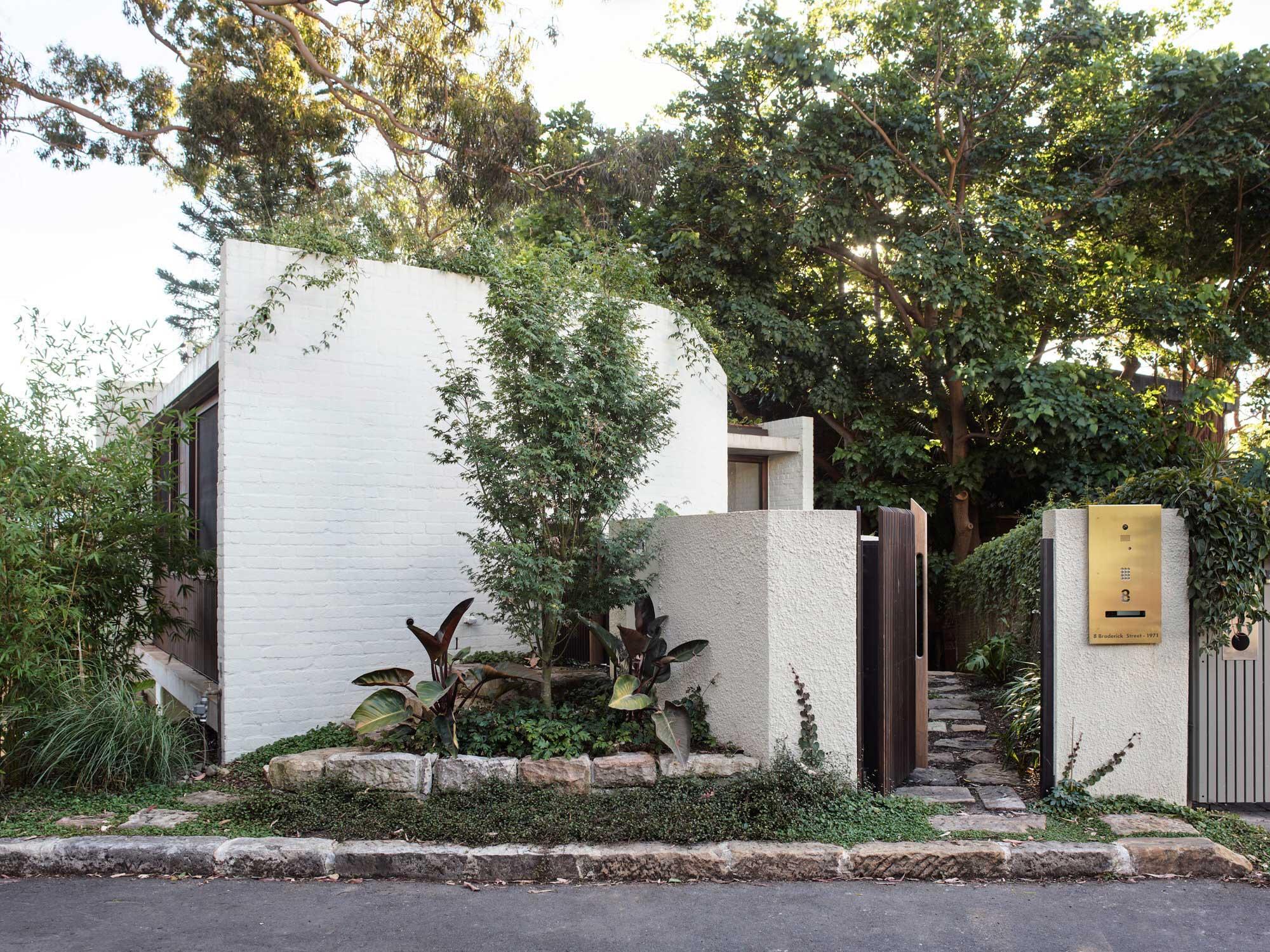 Fox Johnston Sir Grounds House Balmain Sydney Architecture Conrad Johnston Photo Anson Smart Yellowtrace 35