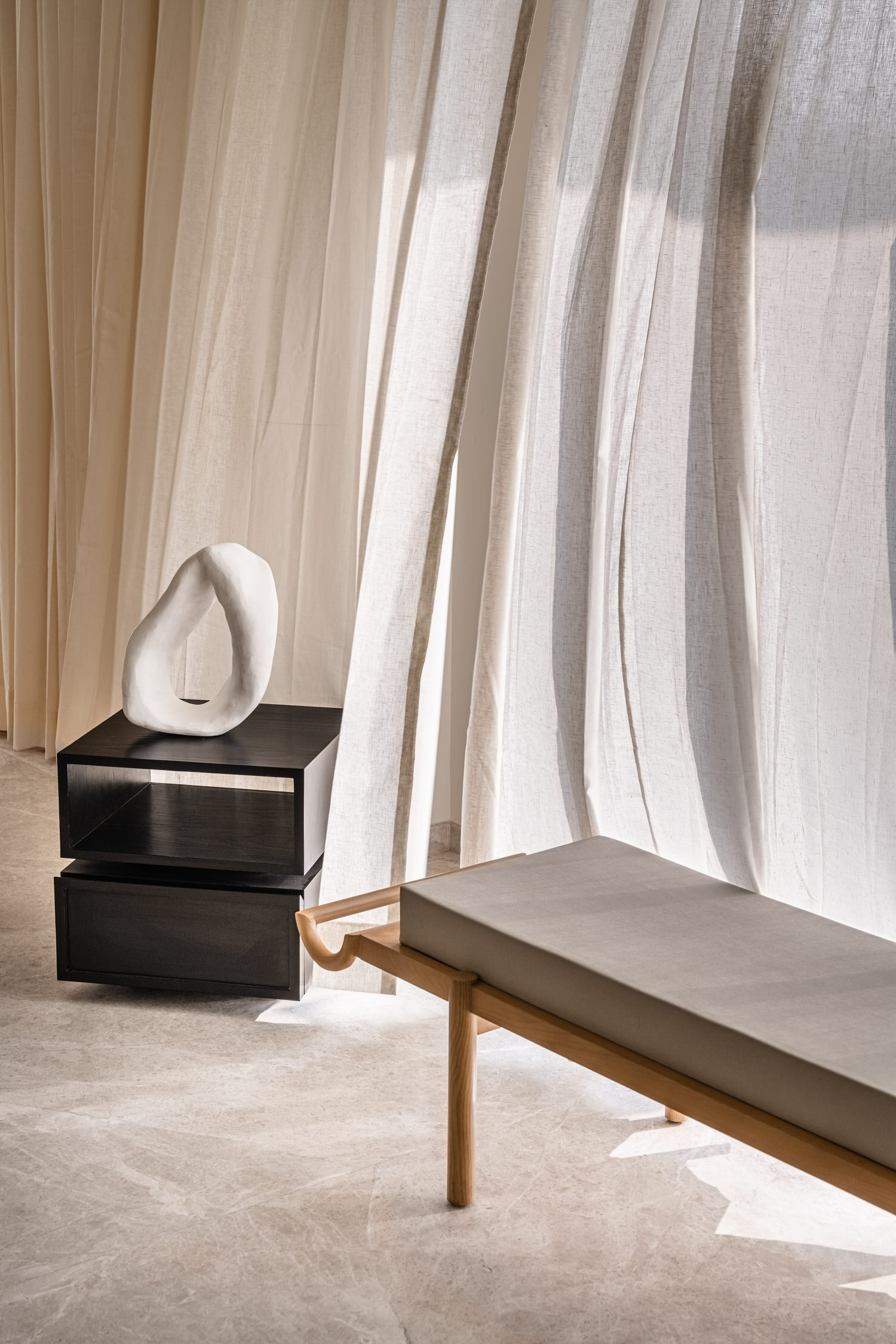 The Act Of Quad Mumbai Apartment Interior Design Yellowtrace 32