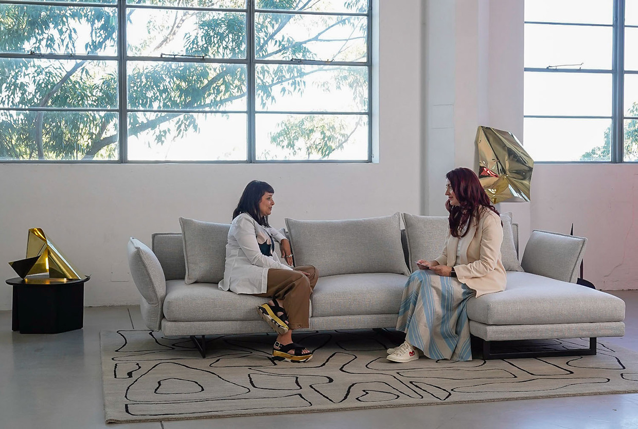 Sofa Session With Adriana Hanna Video Interview With Dana Tomic Hughes Yellowtrace 1240pix