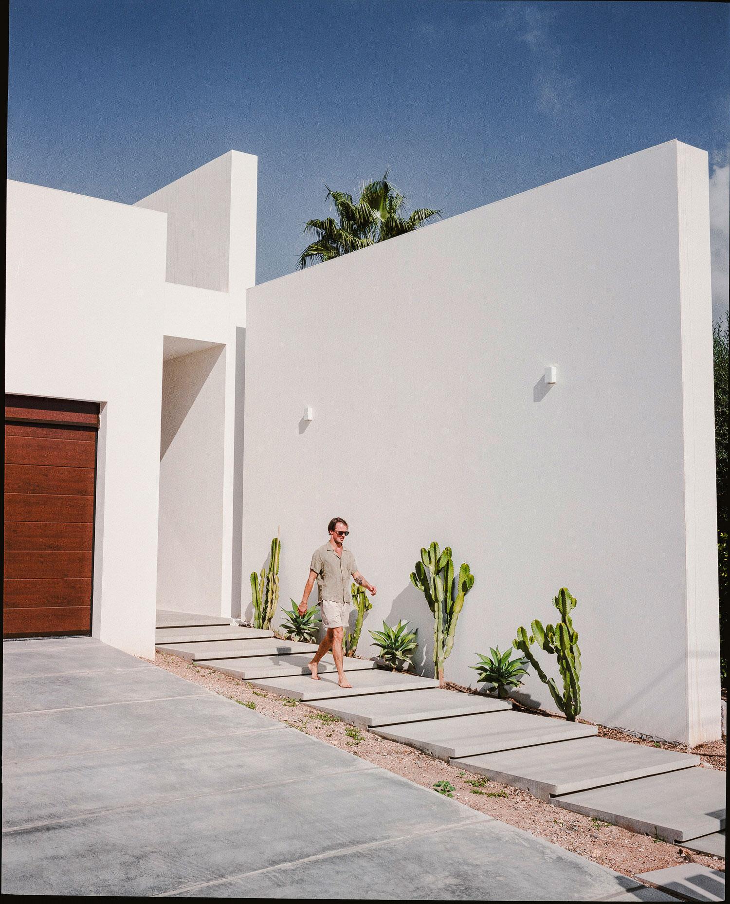 PDM Holiday House in Majorca by Paradowski Studio.