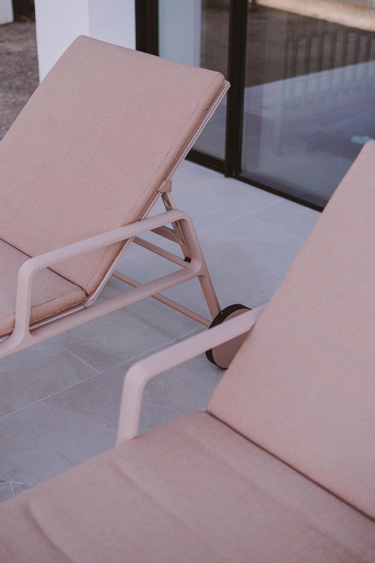 Paradowski Studio Pdm House Majorca Photo Pion Studio Yellowtrace 50