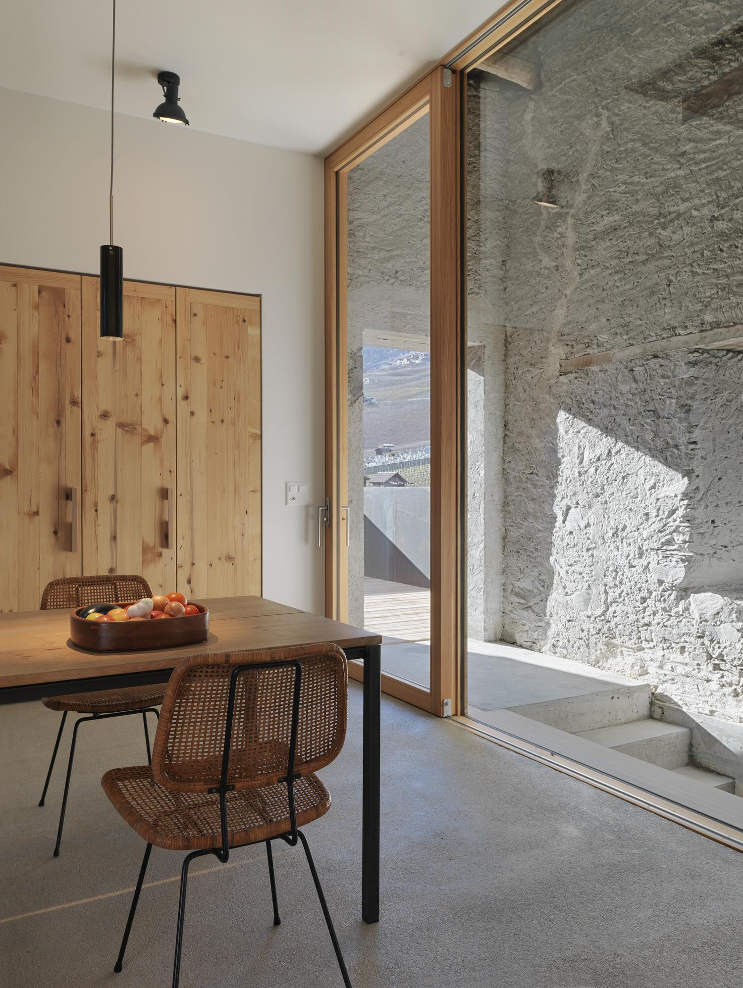 Ralph Germann Architectes House Ccb Valais Switzerland Photo Lionel Henriod Yellowtrace 06