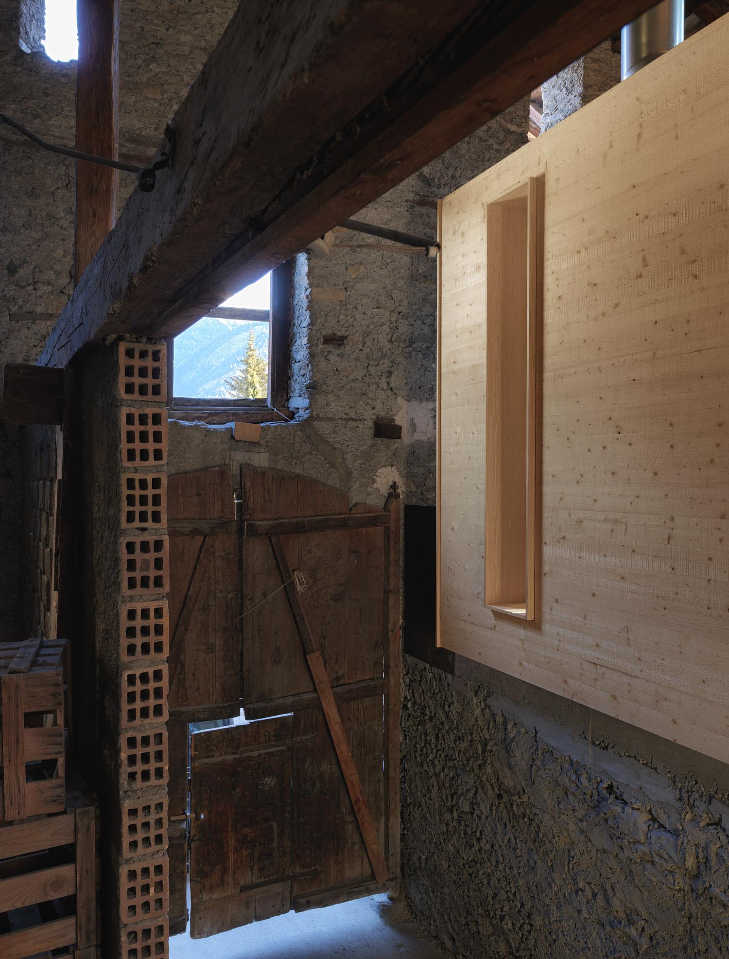 Ralph Germann Architectes House Ccb Valais Switzerland Photo Lionel Henriod Yellowtrace 16