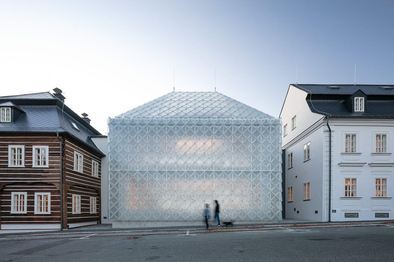 Ov A Architects Lasvit Headoffice Czech Republic Novy Bor Yellowtrace 01
