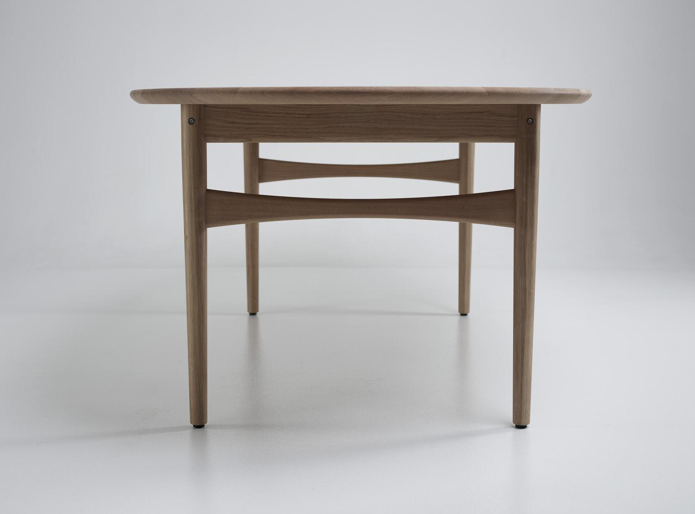 Stylecraft Eikund Oya Dining Table Mid Century Design Photo Tom Haga Yellowtrace 02