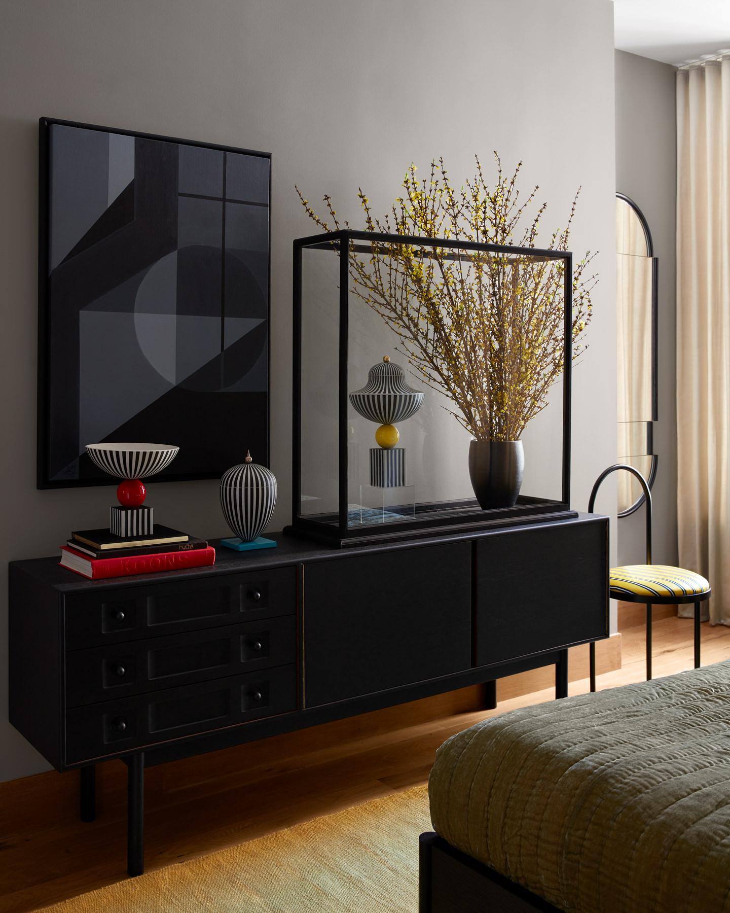 Lee Broom Penthouse New York Guest Bedroom Photo Stephen Kent Johnson Yellowtrace 22