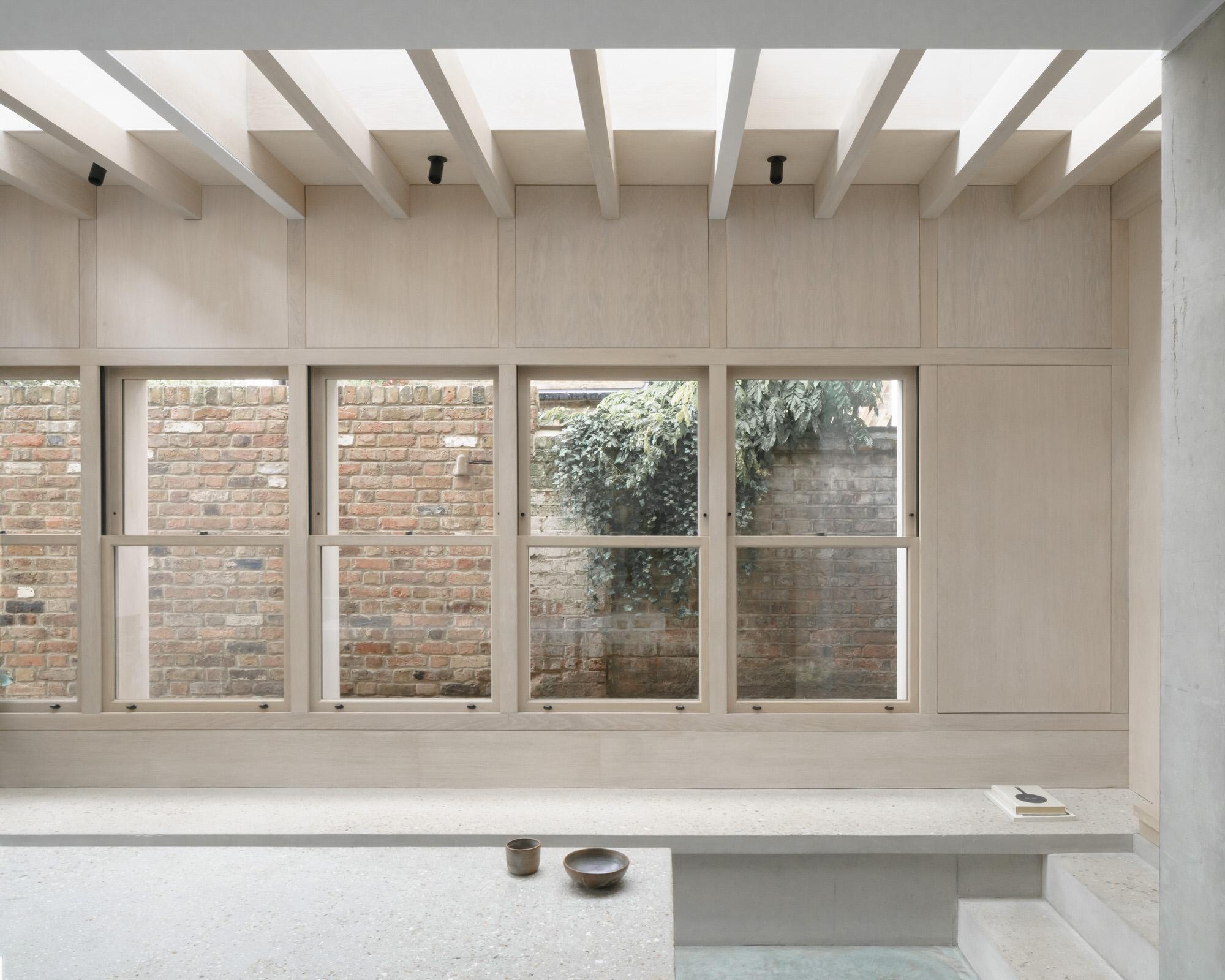 Dgn Studio Concrete Plinth House East London Residential Architecture Photo Nick Dearden Yellowtrace 05