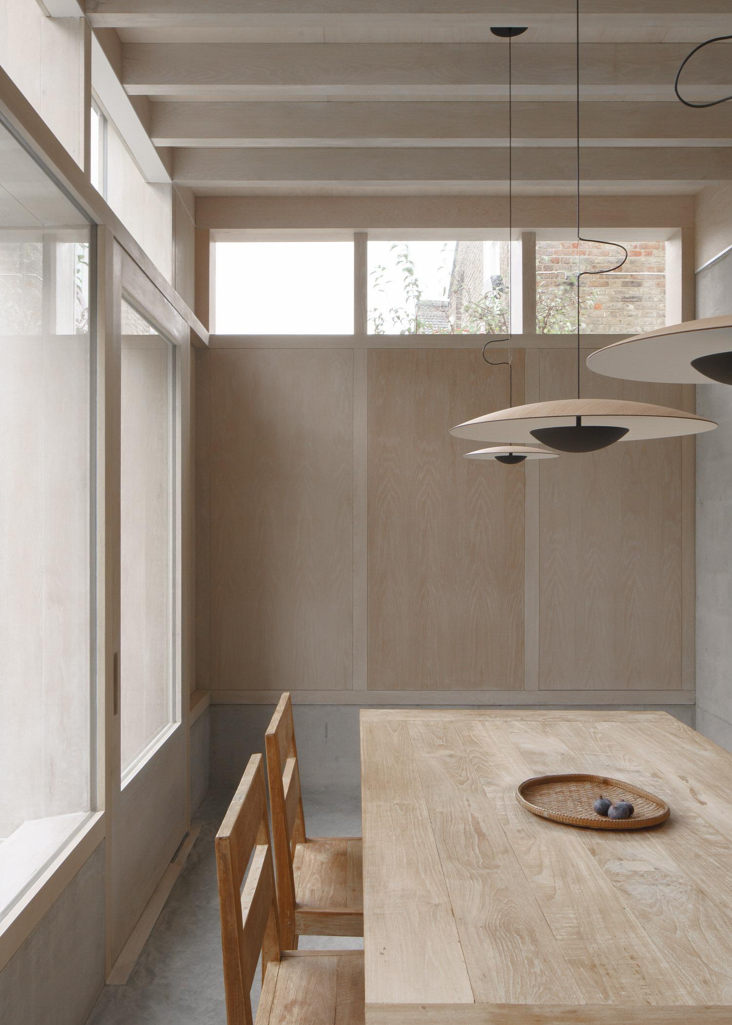 Dgn Studio Concrete Plinth House East London Residential Architecture Photo Nick Dearden Yellowtrace 07