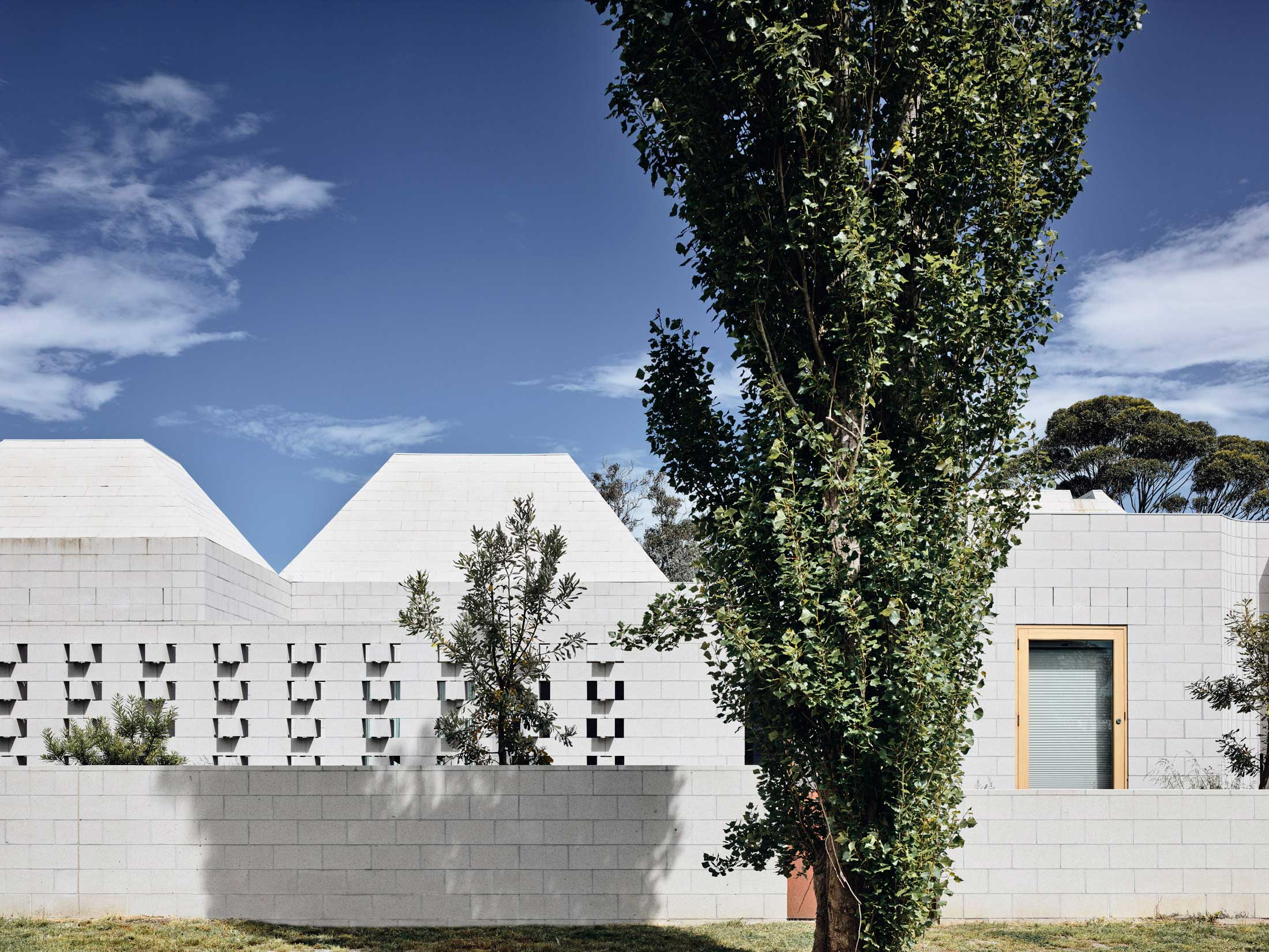 Architects Eat Bellows Beach House Flinders Masonry Architecture Photo Derek Swalwell Yellowtrace 01