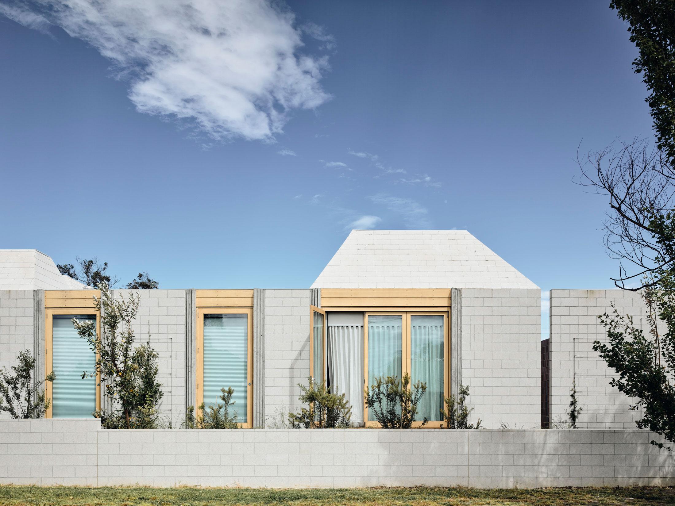 Architects Eat Bellows Beach House Flinders Masonry Architecture Photo Derek Swalwell Yellowtrace 02