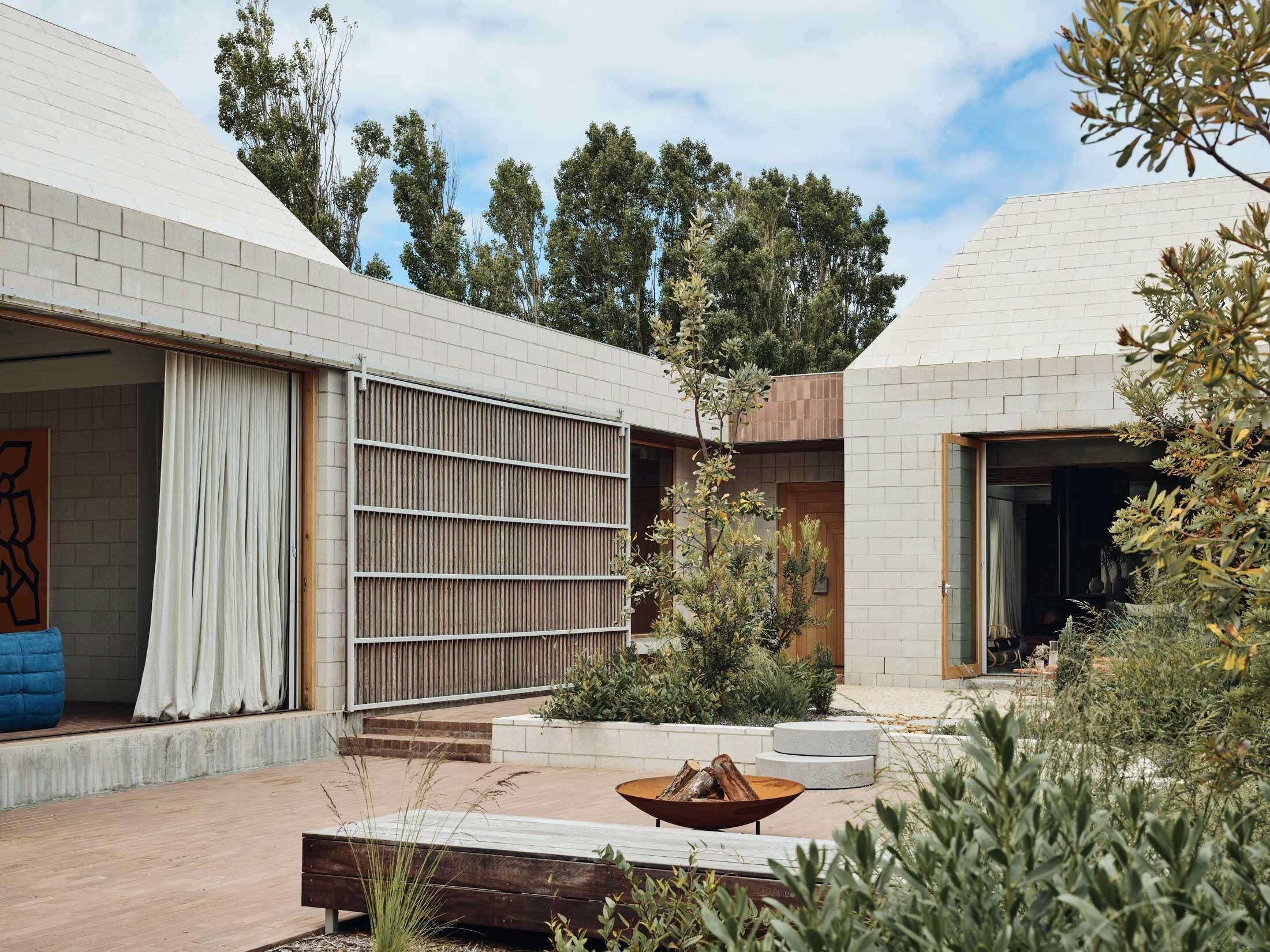 Architects Eat Bellows Beach House Flinders Masonry Architecture Photo Derek Swalwell Yellowtrace 13