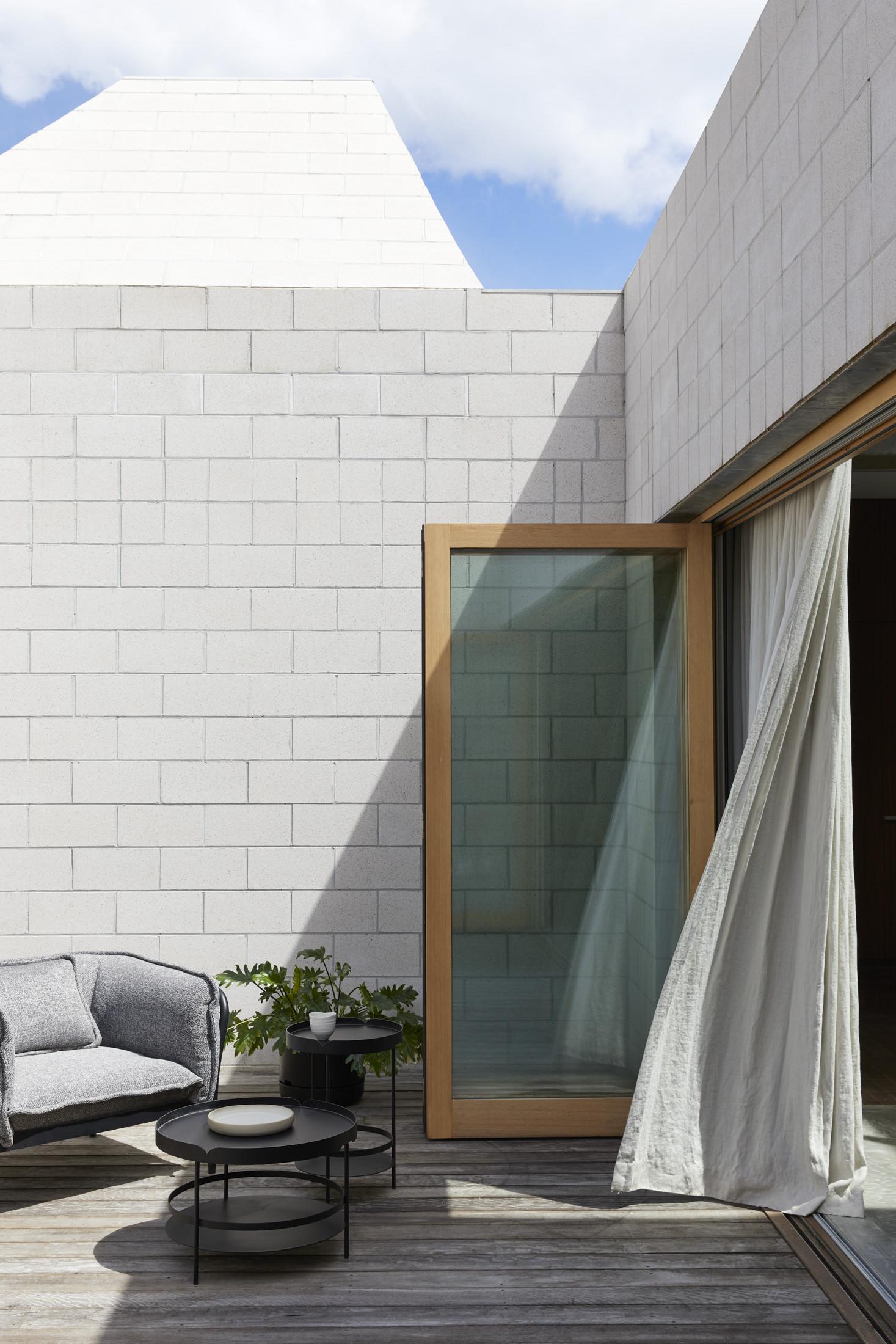 Architects Eat Bellows Beach House Flinders Masonry Architecture Photo Derek Swalwell Yellowtrace 48