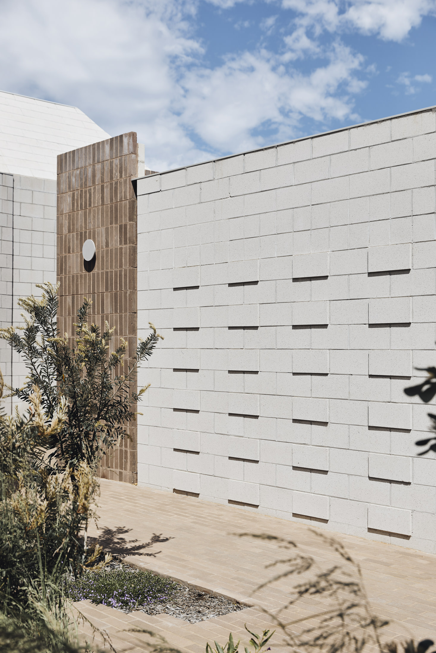 Architects Eat Bellows Beach House Flinders Masonry Architecture Photo Derek Swalwell Yellowtrace 54