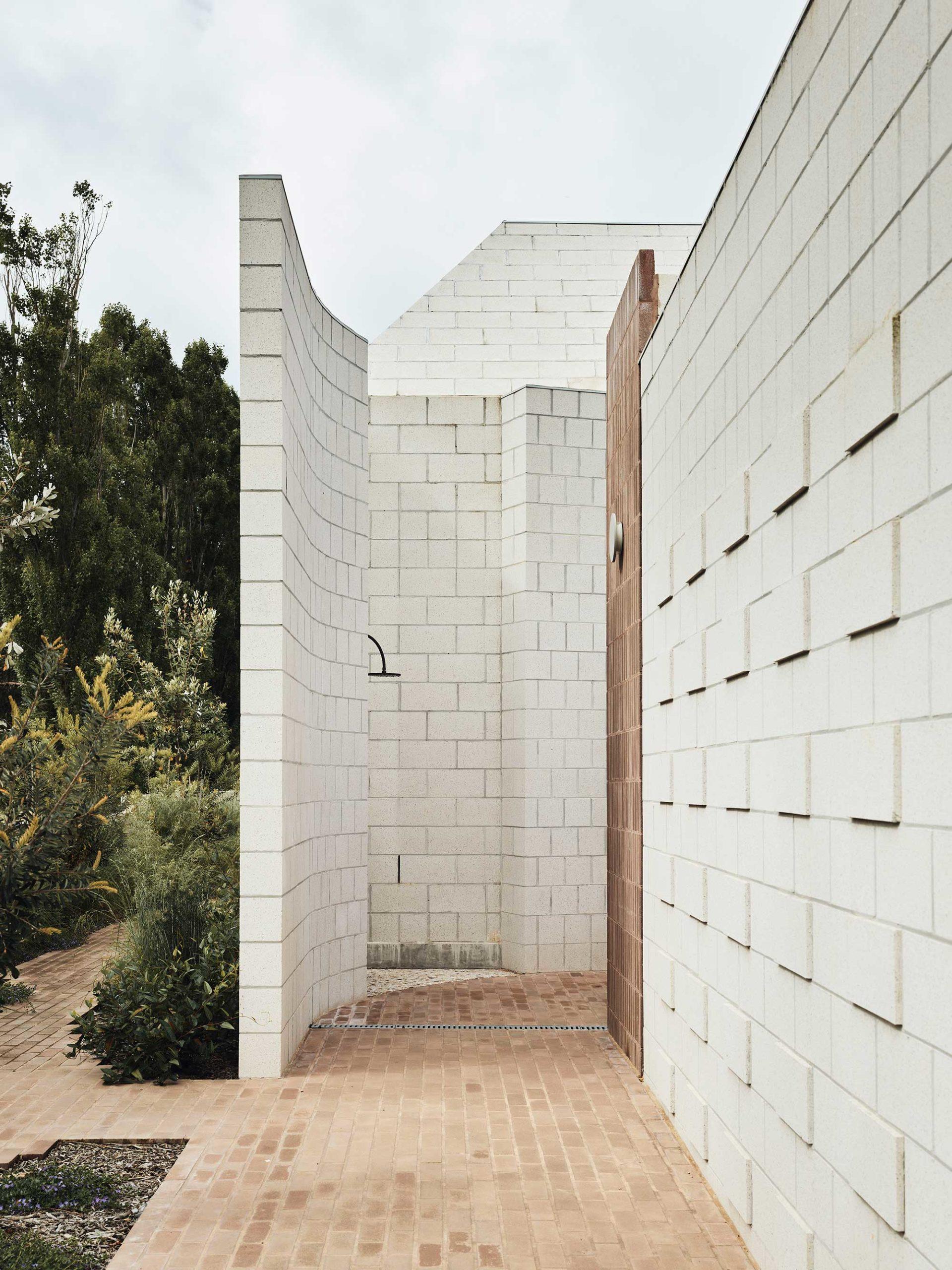 Architects Eat Bellows Beach House Flinders Masonry Architecture Photo Derek Swalwell Yellowtrace 55