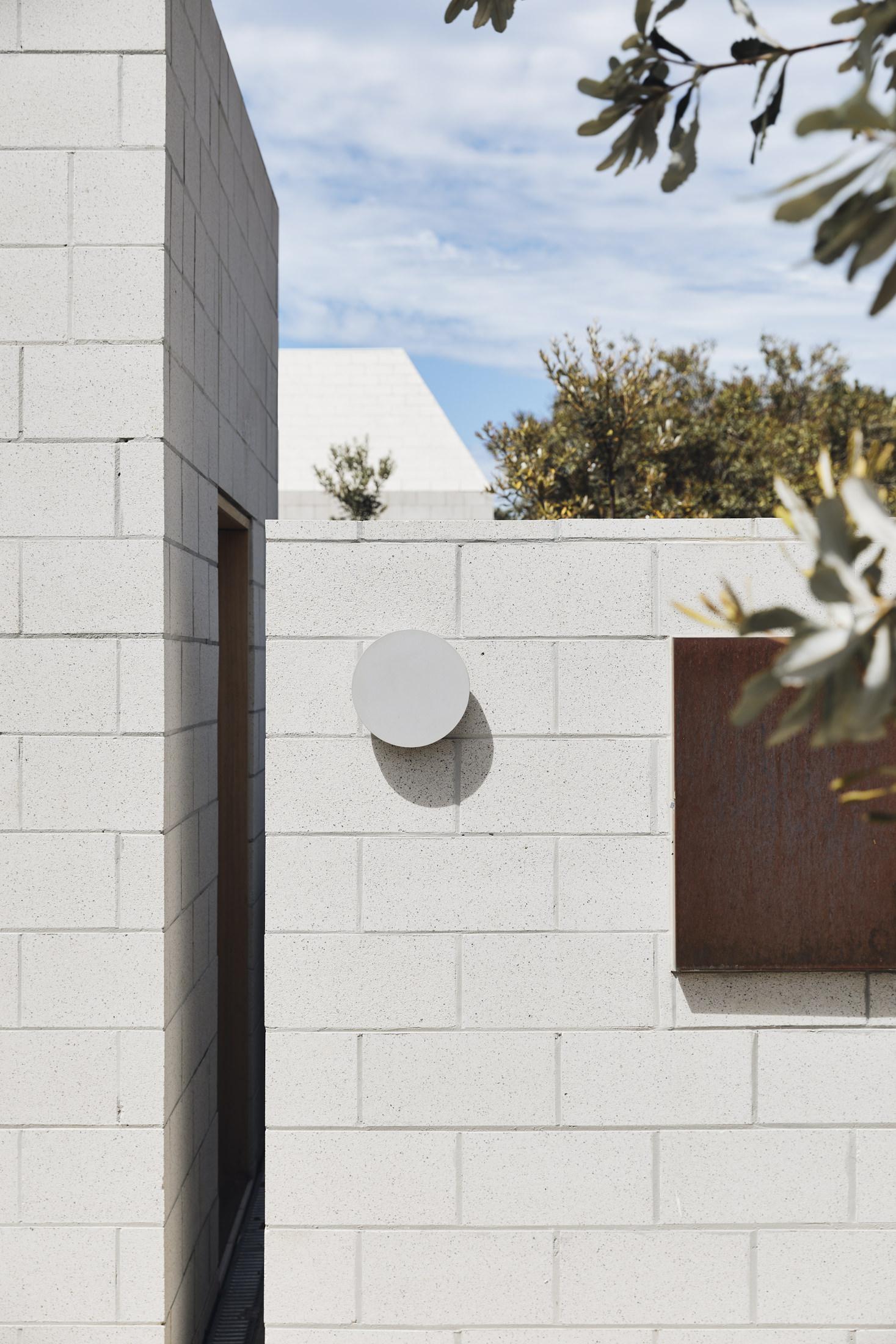 Architects Eat Bellows Beach House Flinders Masonry Architecture Photo Derek Swalwell Yellowtrace 56