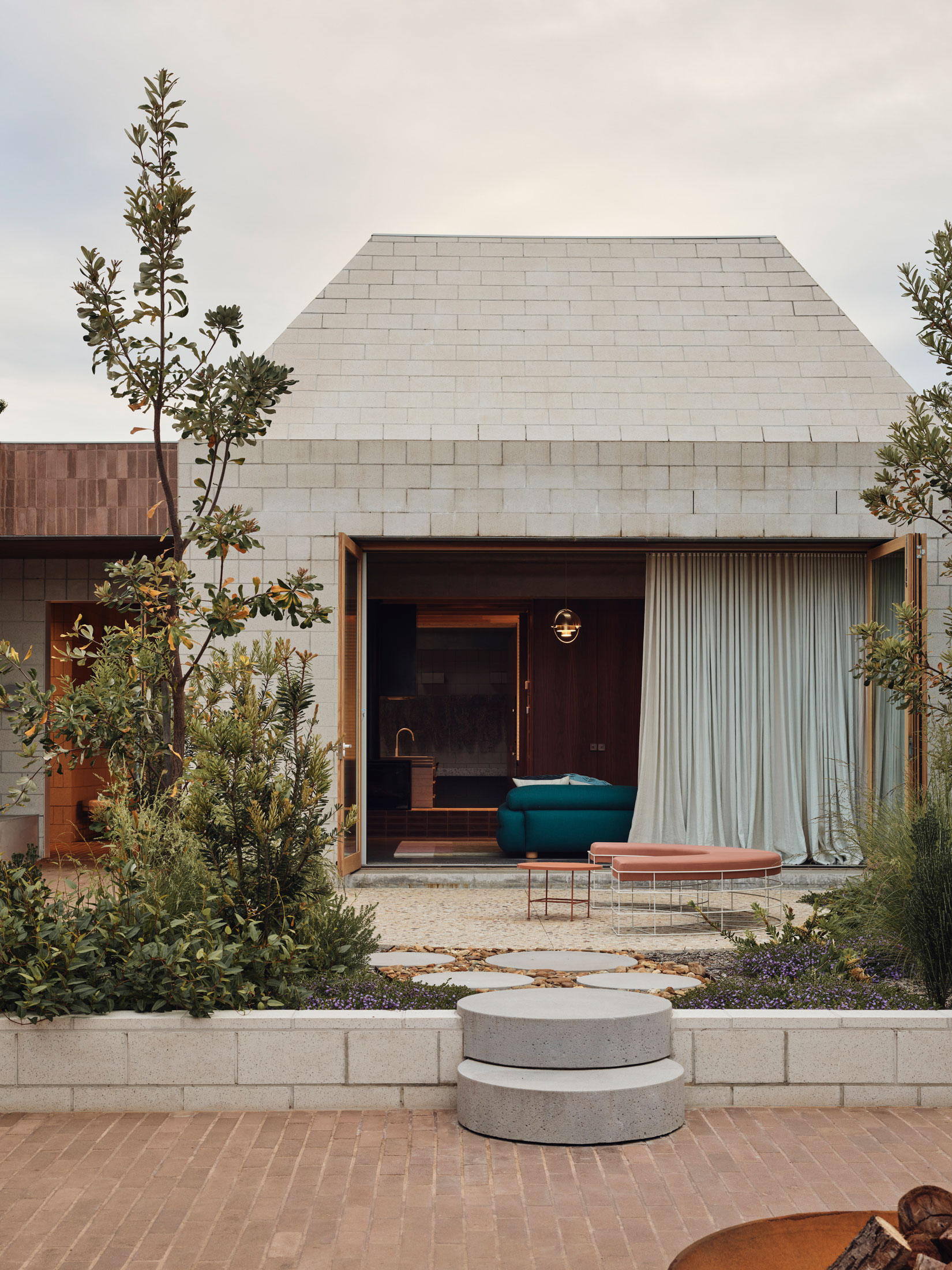 Architects Eat Bellows Beach House Flinders Masonry Architecture Photo Derek Swalwell Yellowtrace 57