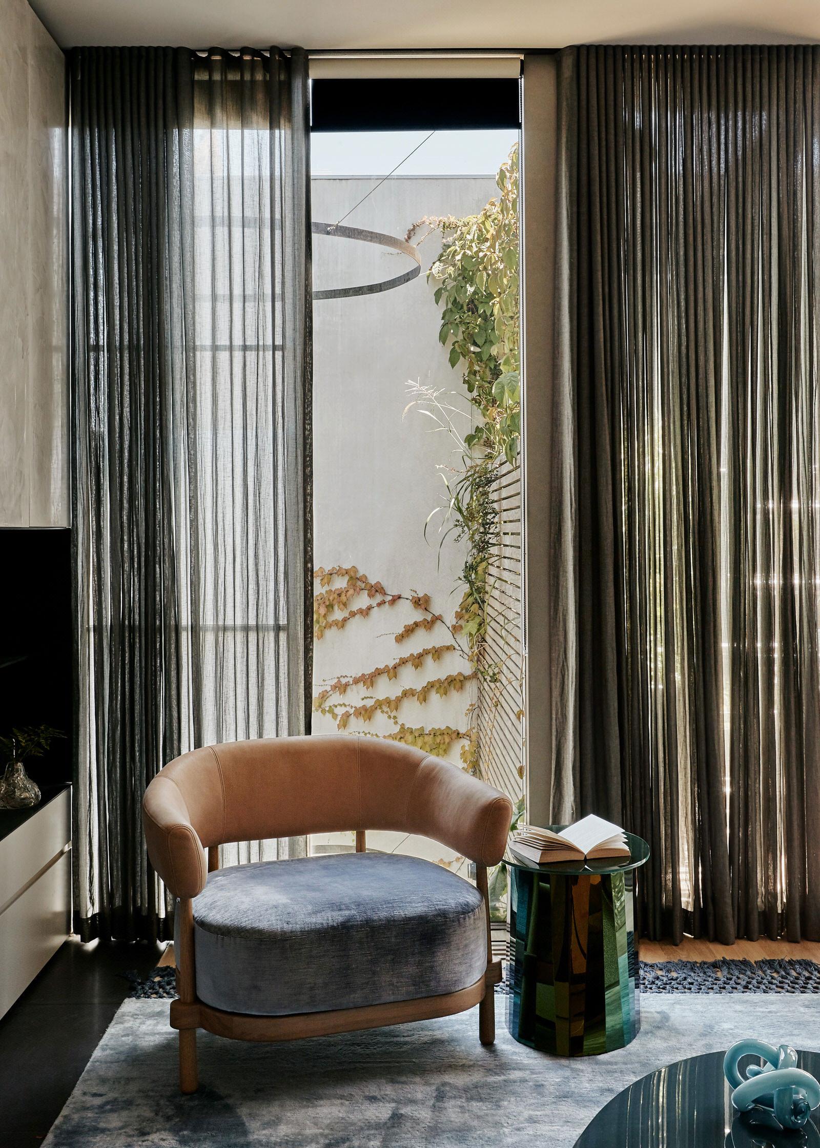 Fiona Lynch Burnley House Australian Interior Design Photo Amelia Stanwix Yellowtrace 08