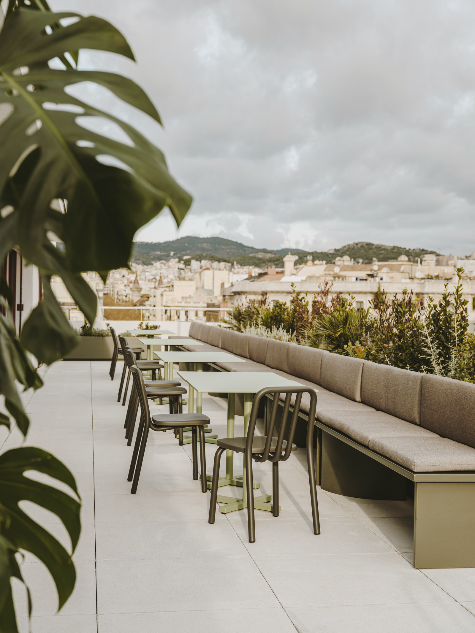 Mesura Architecture Design Cloudworks Penthouse Office Barcelona Photo Salva Lopez Yellowtrace 02