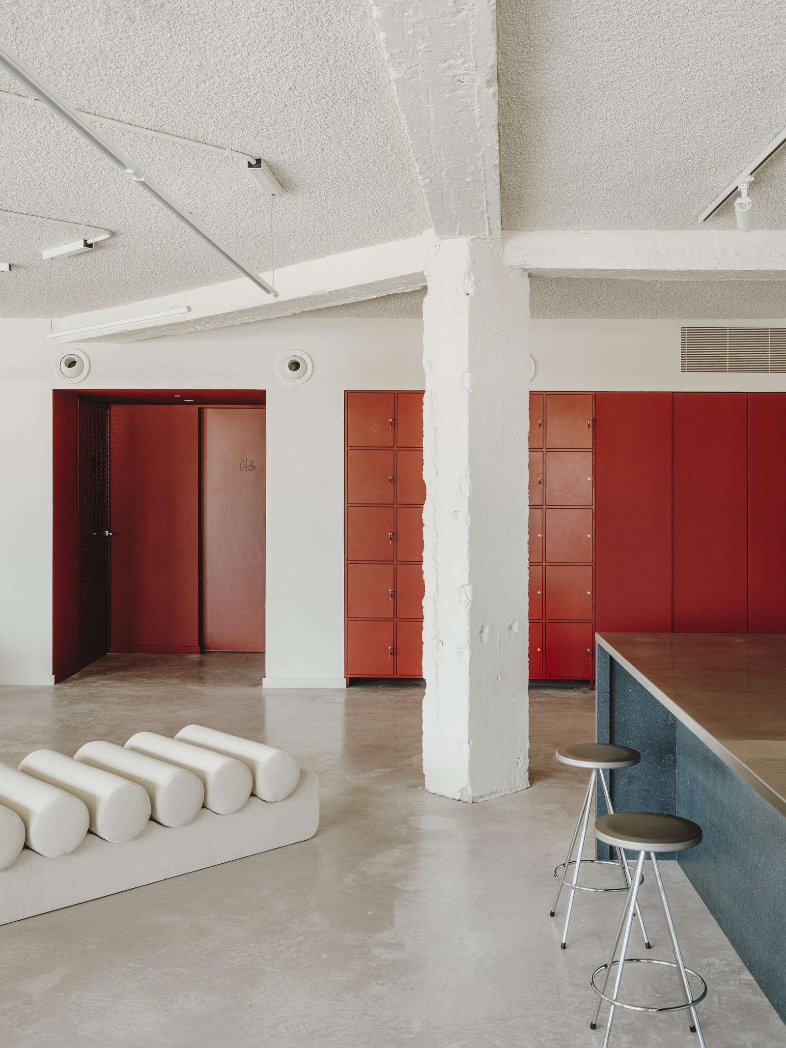 Mesura Architecture Design Cloudworks Penthouse Office Barcelona Photo Salva Lopez Yellowtrace 10