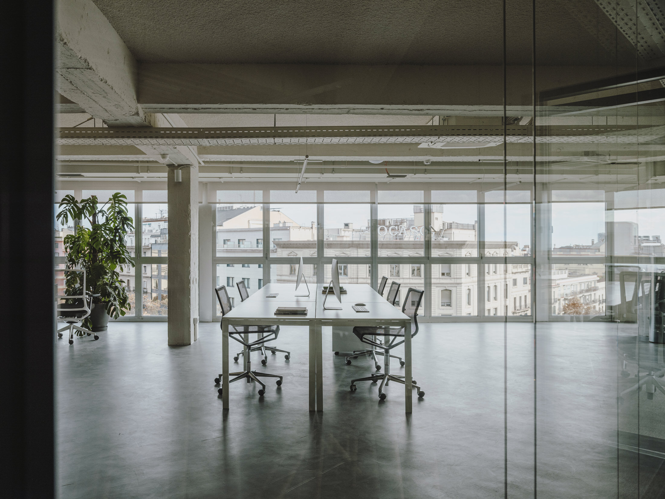 Mesura Architecture Design Cloudworks Penthouse Office Barcelona Photo Salva Lopez Yellowtrace 13