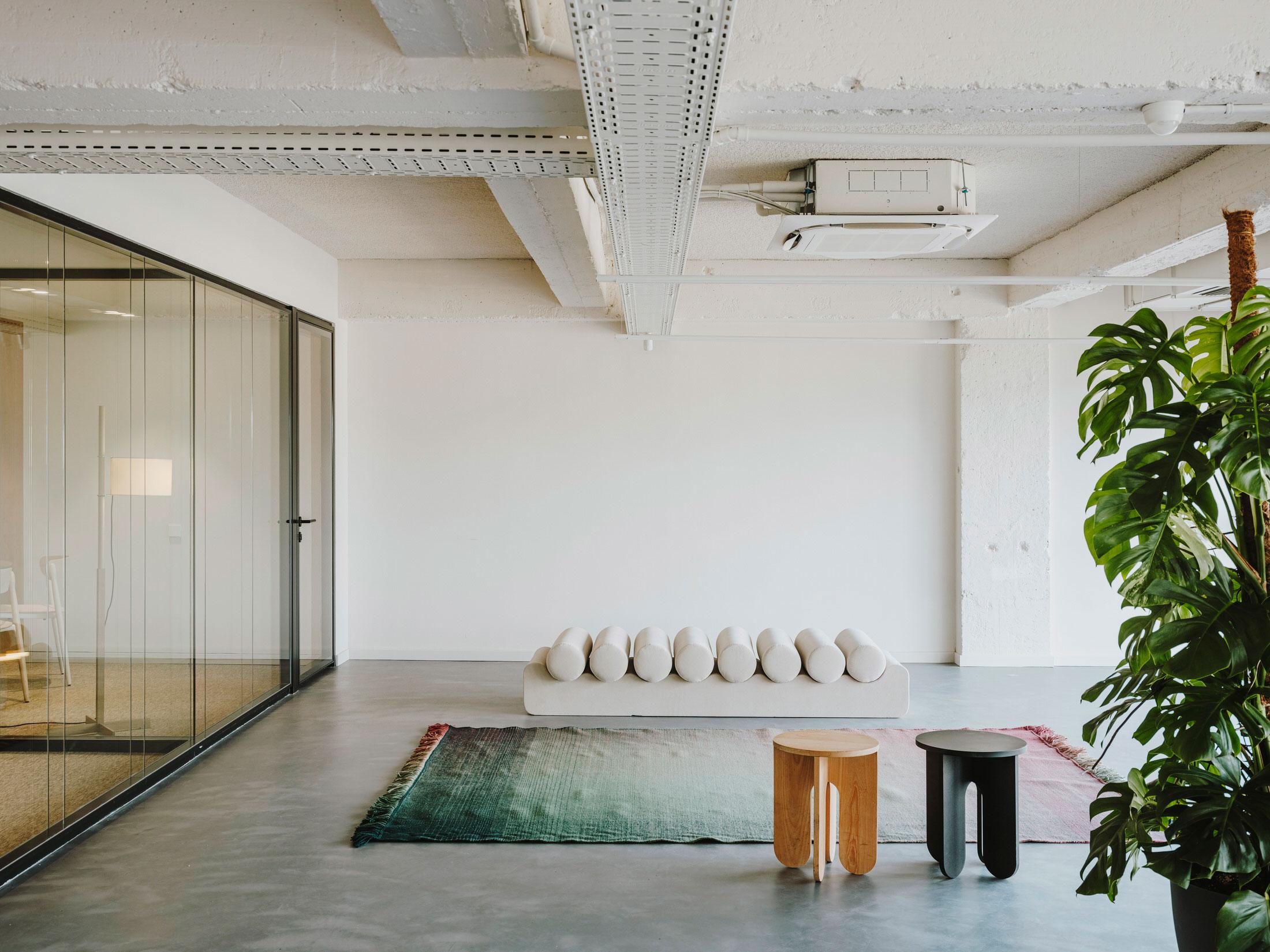 Mesura Architecture Design Cloudworks Penthouse Office Barcelona Photo Salva Lopez Yellowtrace 17
