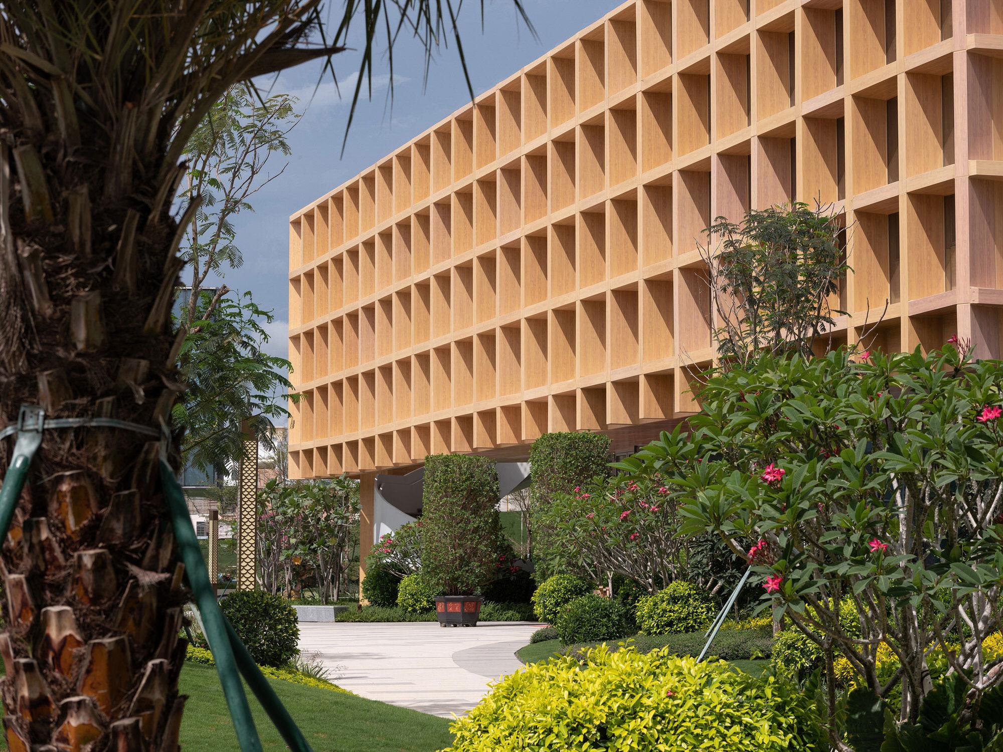 Clou Architects Sanya Farm Lab Co Life Timber Pavilion Hainan China Yellowtrace 02