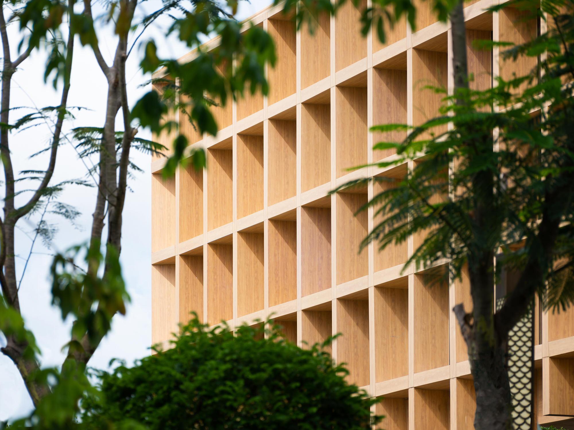 Clou Architects Sanya Farm Lab Co Life Timber Pavilion Hainan China Yellowtrace 04