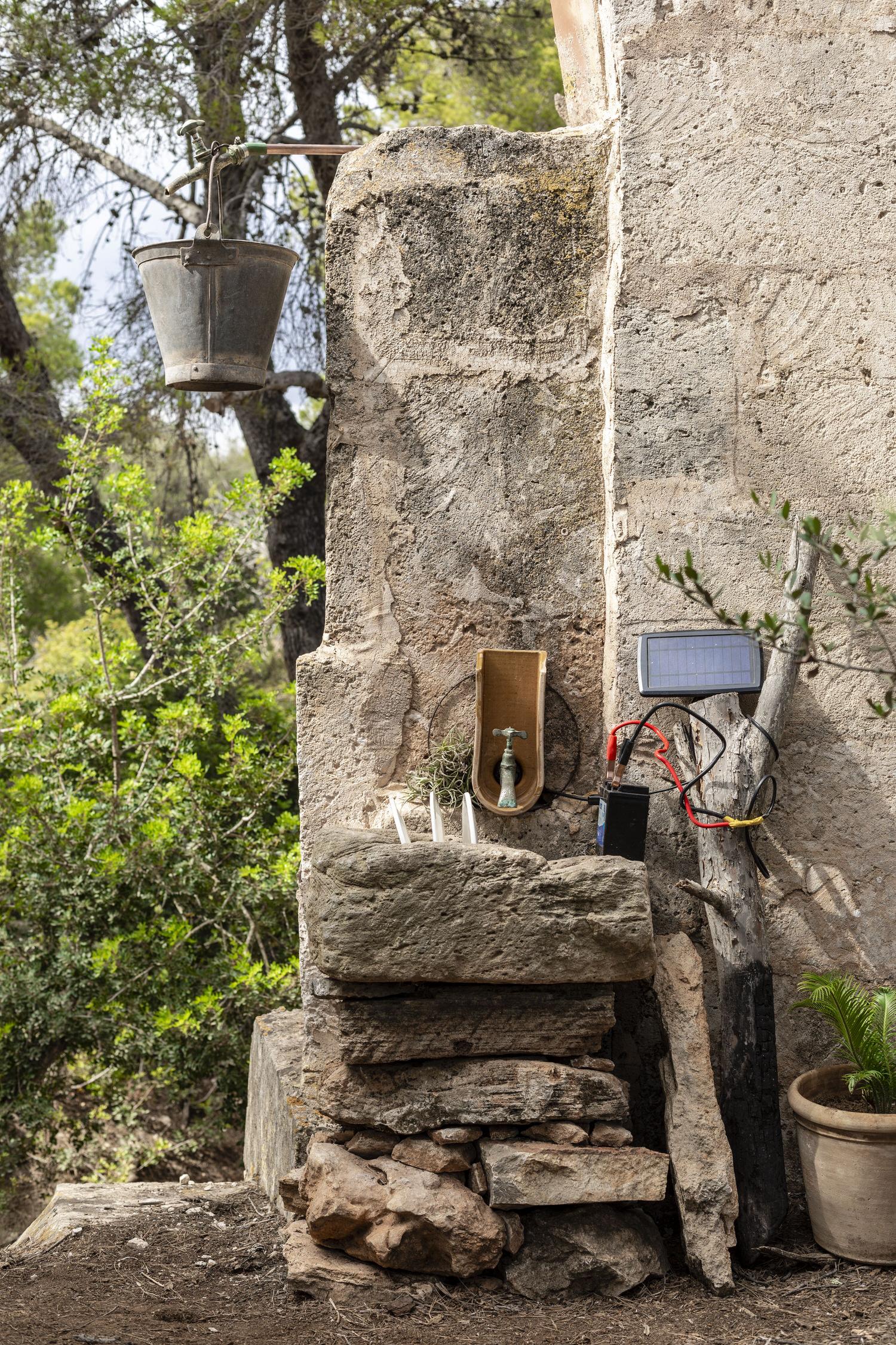 Mariana De Delas 12 Volt Retreat Palma De Mallorca Photo Tomeu Canyellas Yellowtrace 20